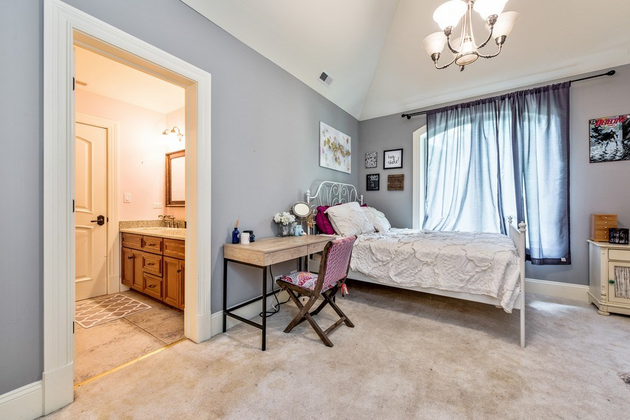 Real Estate Photography - 17 North Portshire Dr, Lincolnshire, IL, 60069 - 2nd Bedroom