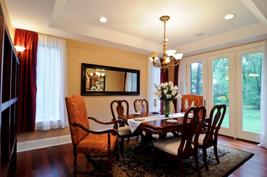 Real Estate Photography - 17 North Portshire Dr, Lincolnshire, IL, 60069 - Dining Room