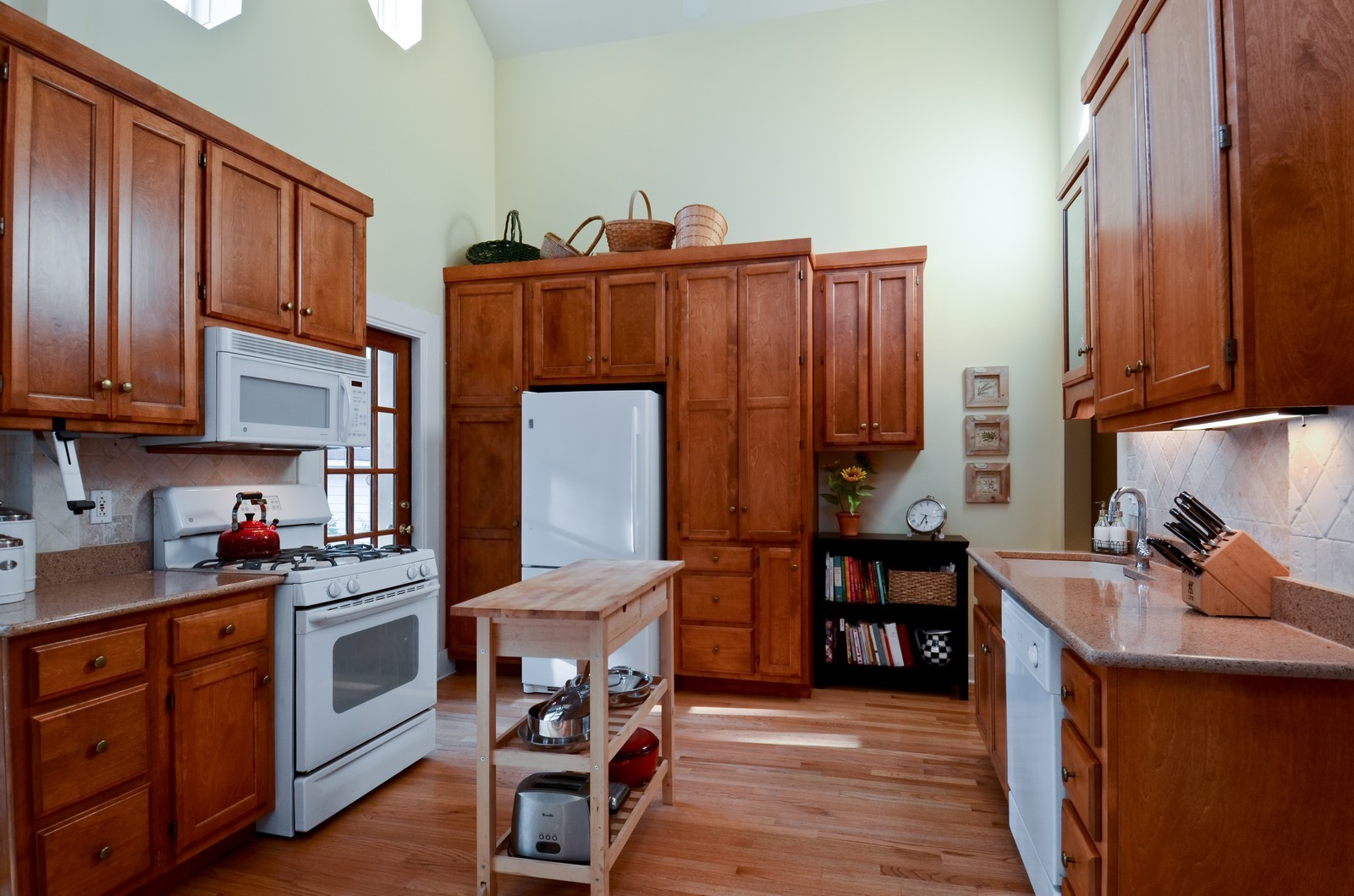 Real Estate Photography - 1124 Webster Ave, Wheaton, IL, 60187 - Kitchen, view 2