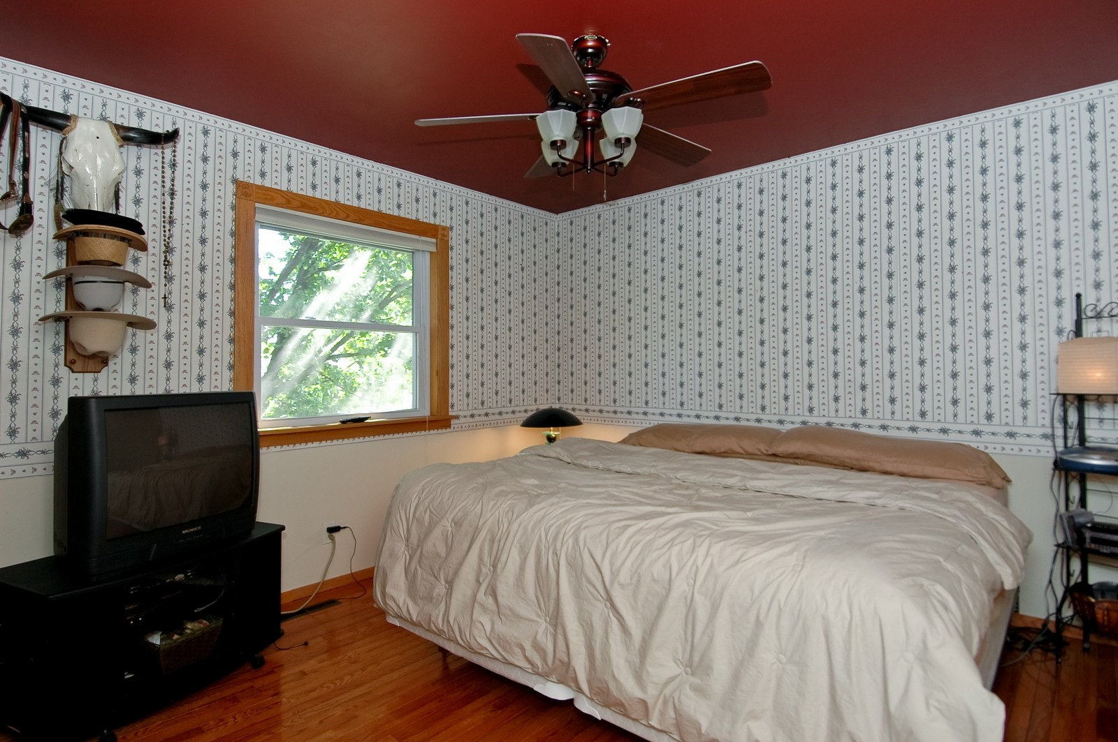 Real Estate Photography - 825 Teverton Lane, Crystal Lake, IL, 60014 - Master Bedroom