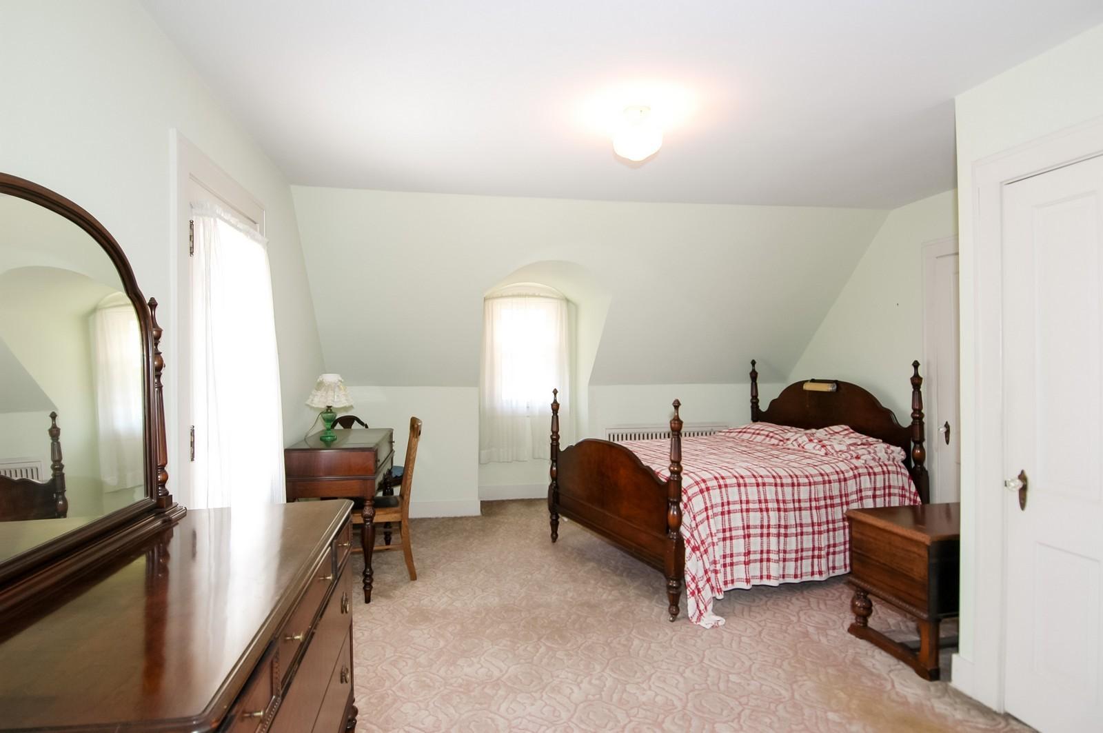 Real Estate Photography - 302 Washington, Algonquin, IL, 60102 - Bedroom