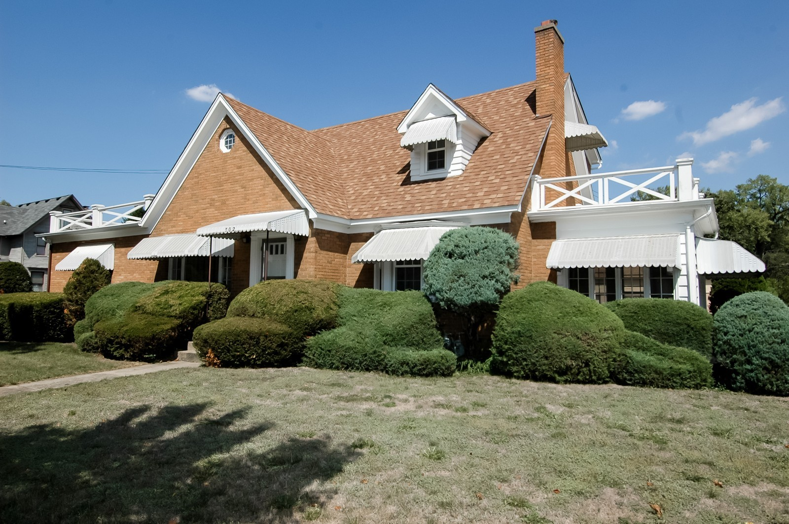 Real Estate Photography - 302 Washington, Algonquin, IL, 60102 - Front View