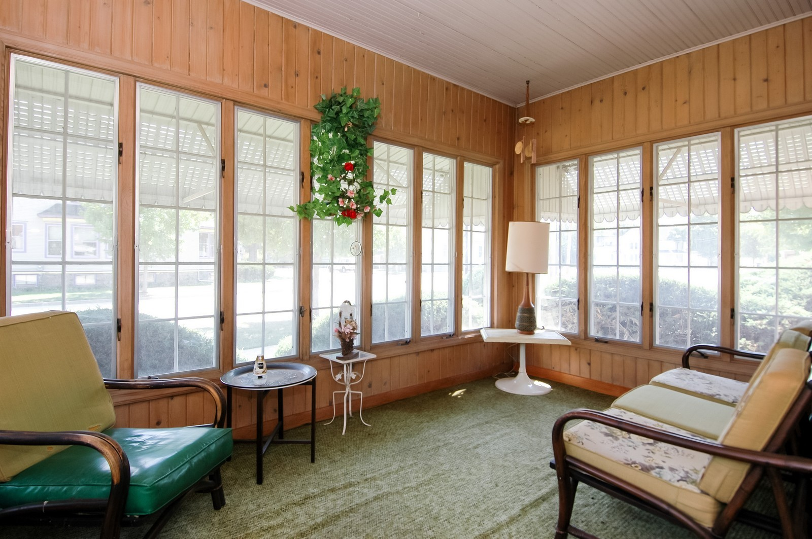 Real Estate Photography - 302 Washington, Algonquin, IL, 60102 - Sun Room