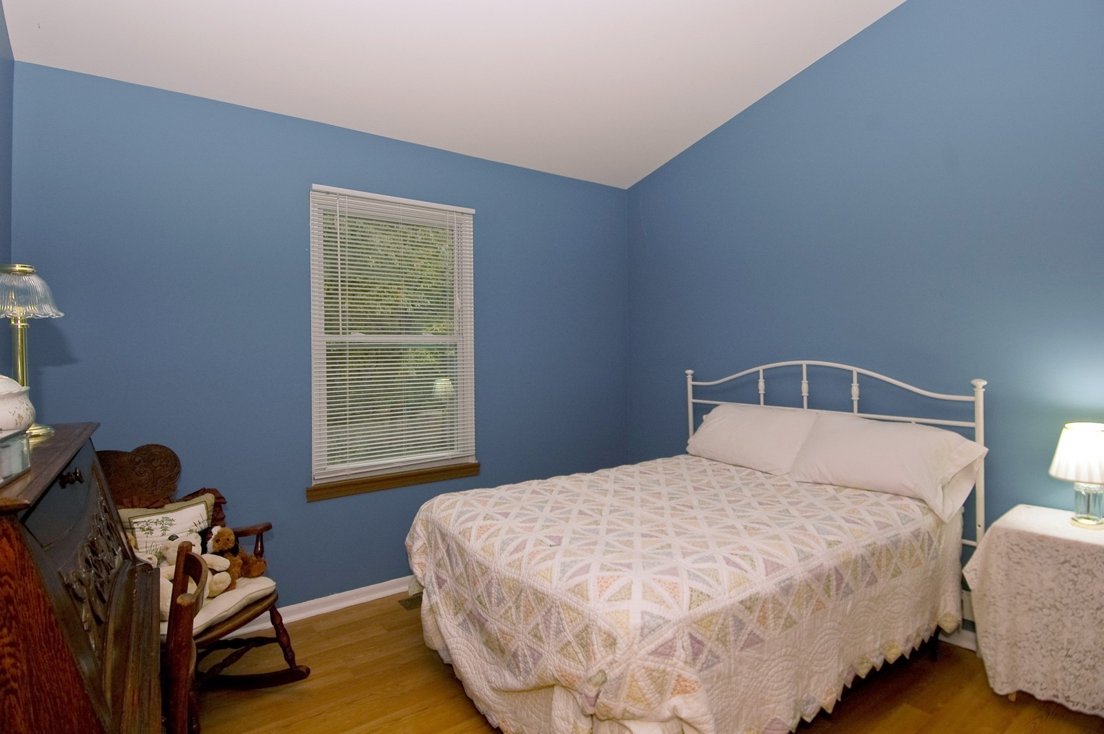 Real Estate Photography - 4029 Hale Ln, Island Lake, IL, 60042 - Bedroom