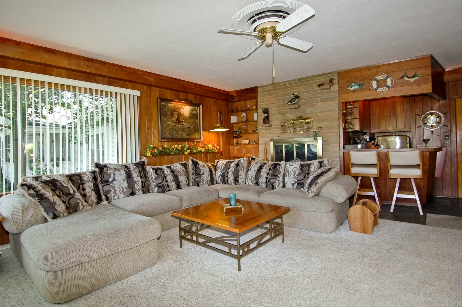 Real Estate Photography - 724 Country Club Dr, McHenry, IL, 60050 - Family Room