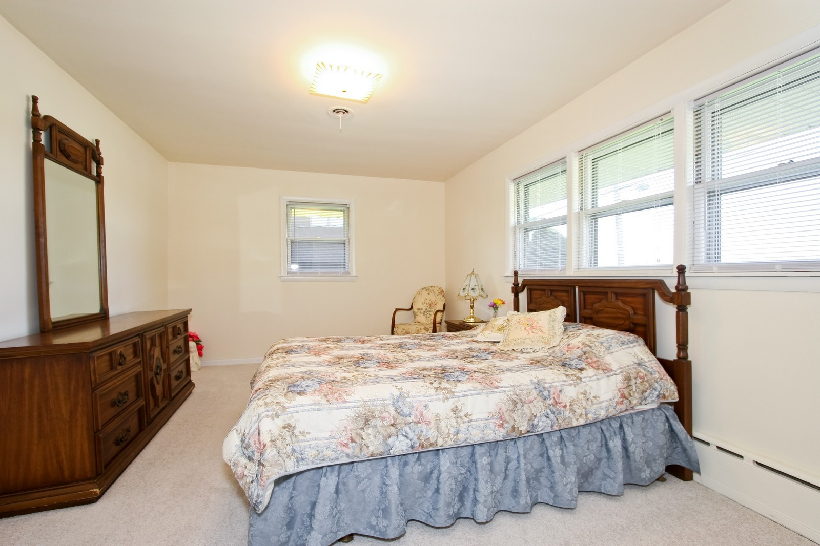 Real Estate Photography - 7431 S Roberts Rd, Bridgeview, IL, 60455 - Master Bedroom
