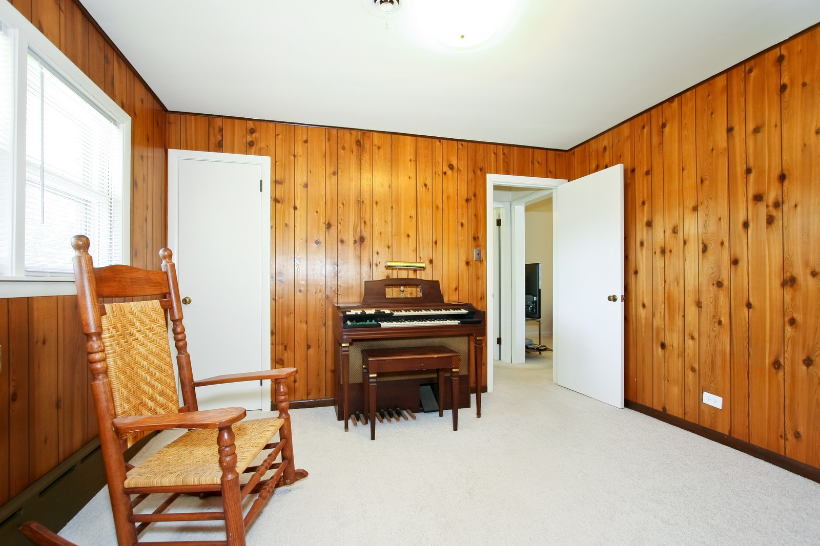 Real Estate Photography - 7431 S Roberts Rd, Bridgeview, IL, 60455 - 2nd Bedroom