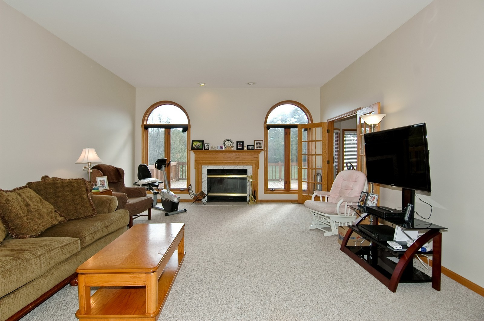 Real Estate Photography - 7N598 Whirlaway Dr, St Charles, IL, 60175 - Family Room