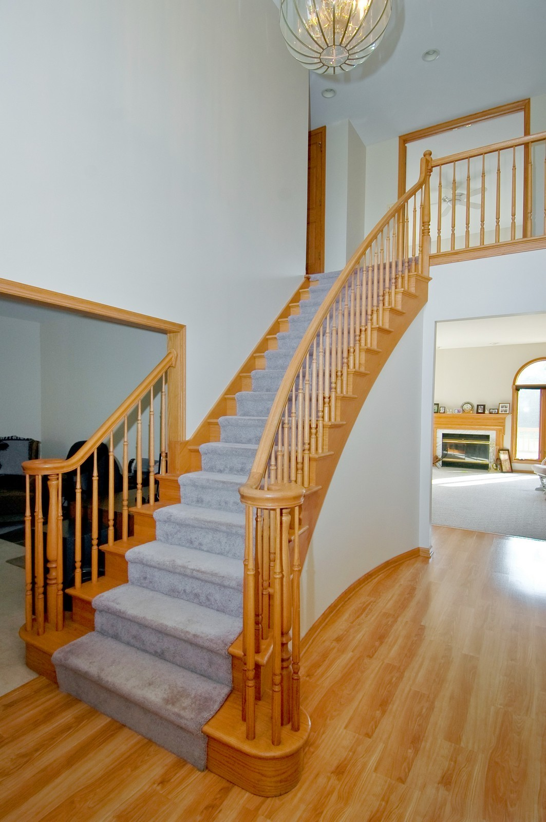 Real Estate Photography - 7N598 Whirlaway Dr, St Charles, IL, 60175 - Staircase