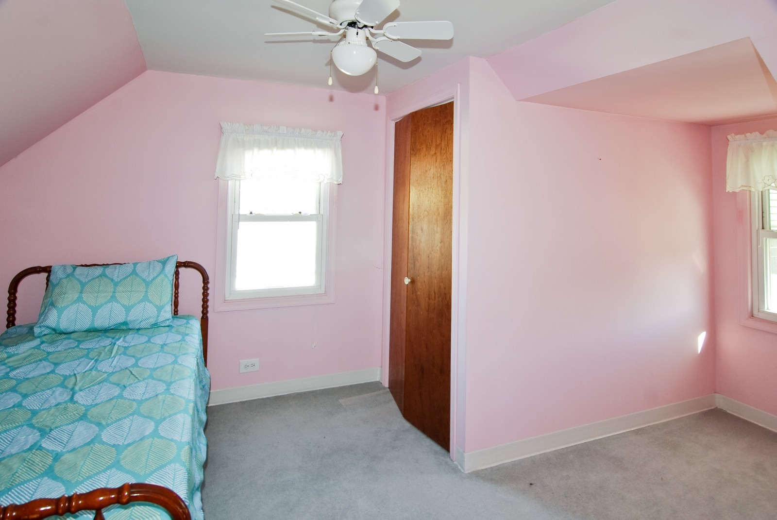 Real Estate Photography - 1526 Hillside Ave, Berkeley, IL, 60163 - 2nd Bedroom