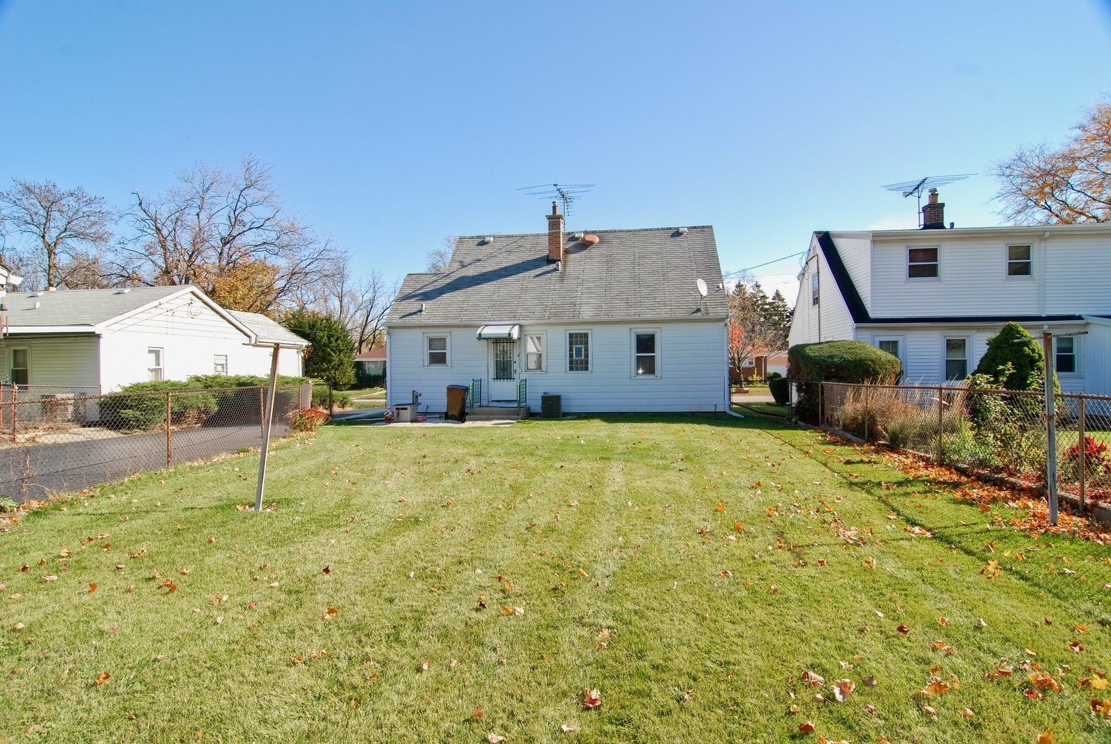 Real Estate Photography - 1526 Hillside Ave, Berkeley, IL, 60163 - Rear View