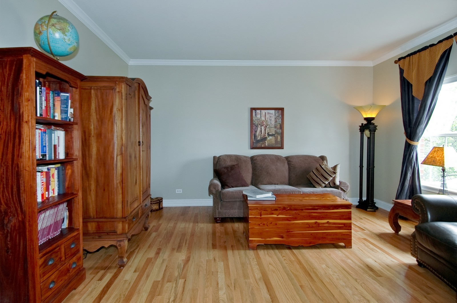 Real Estate Photography - 835 Chasewood Dr, South Elgin, IL, 60177 - Living Room