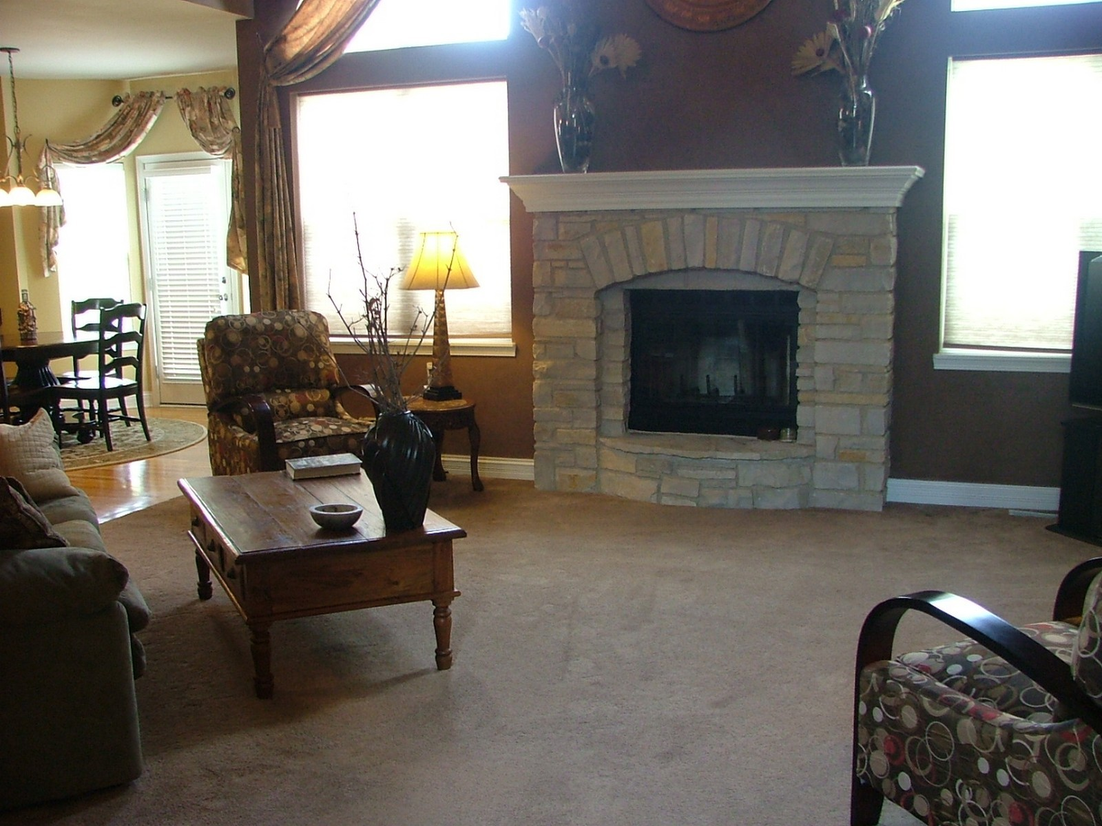 Real Estate Photography - 835 Chasewood Dr, South Elgin, IL, 60177 - Family Room Fireplace