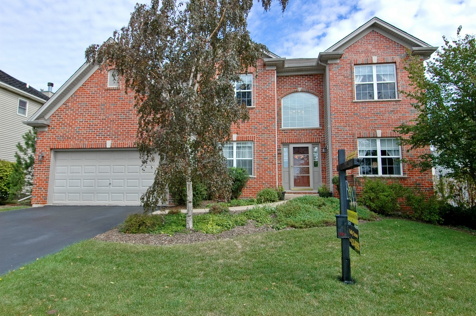 Real Estate Photography - 835 Chasewood Dr, South Elgin, IL, 60177 - Front View