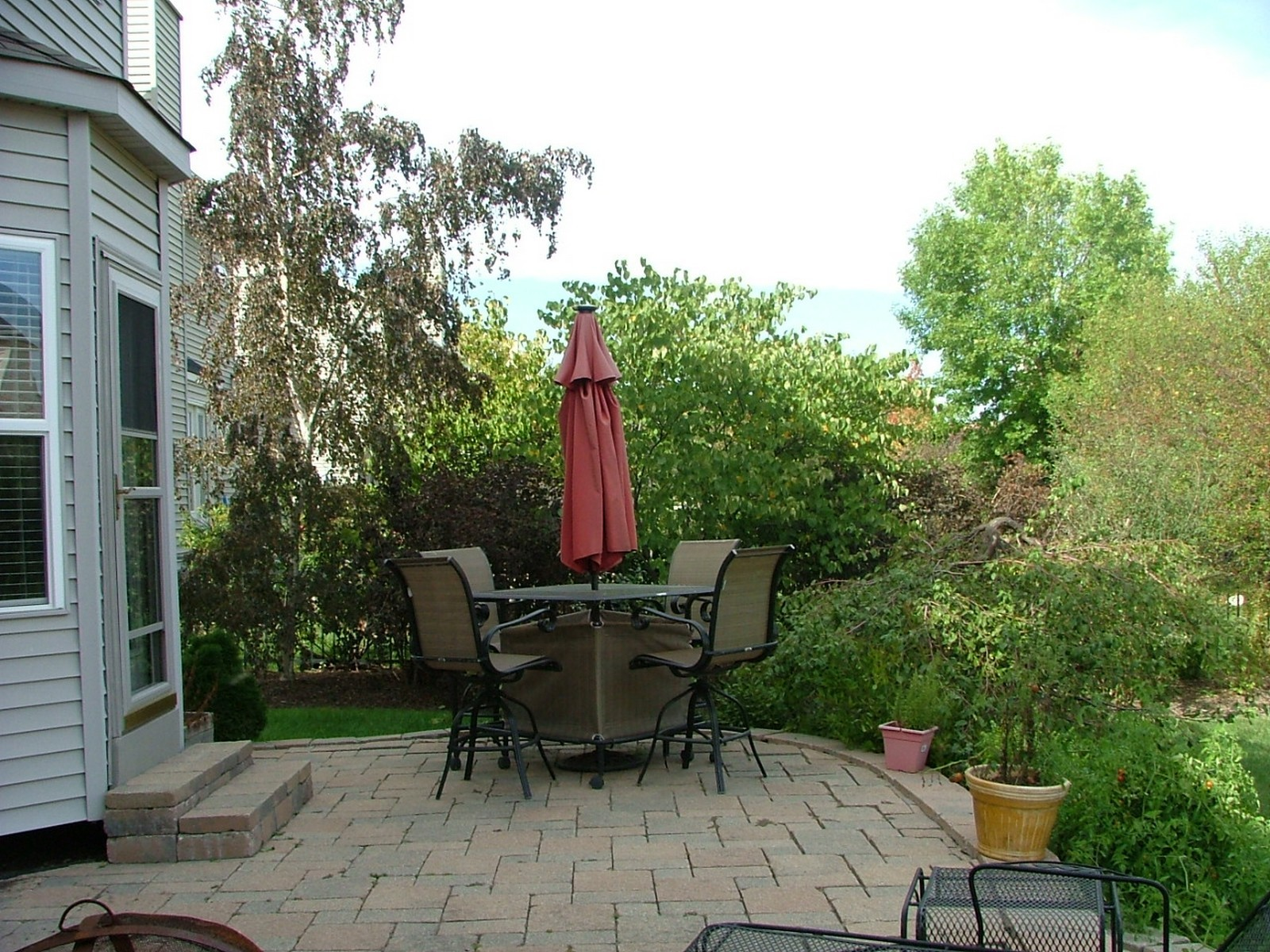 Real Estate Photography - 835 Chasewood Dr, South Elgin, IL, 60177 - Patio