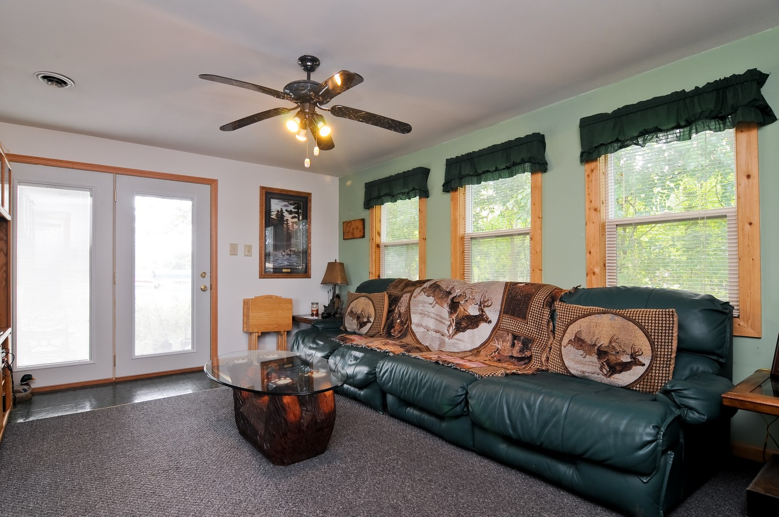 Real Estate Photography - 415 Kings Rd, Fox Lake, IL, 60020 - Living Room