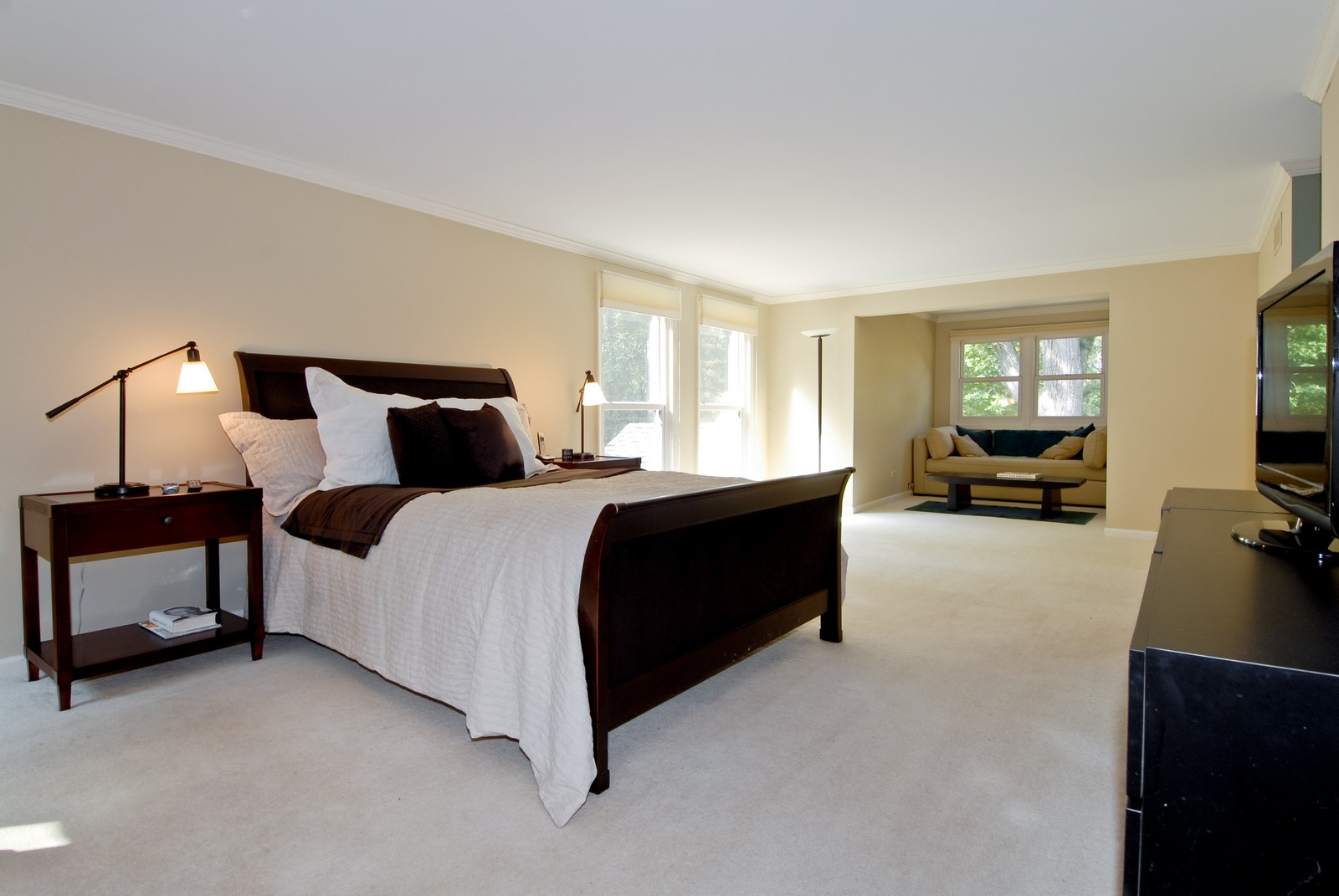 Real Estate Photography - 38W497 Mallard Lake Rd, Saint Charles, IL, 60175 - Master Bedroom
