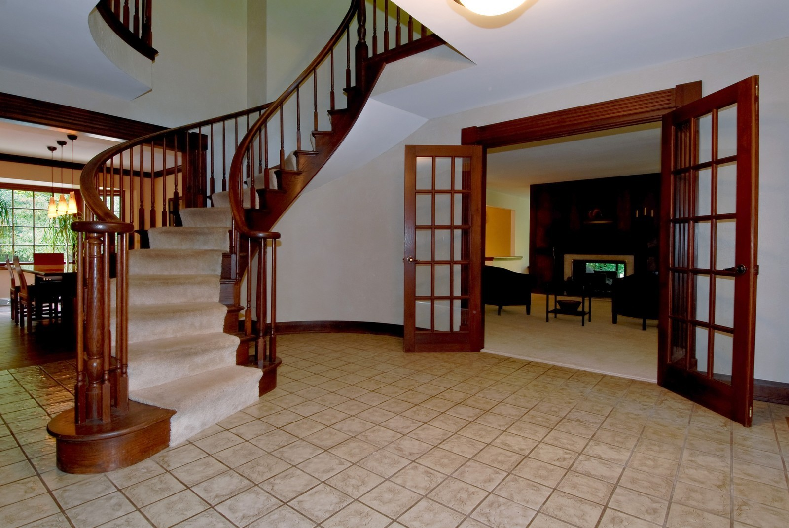 Real Estate Photography - 38W497 Mallard Lake Rd, Saint Charles, IL, 60175 - Foyer