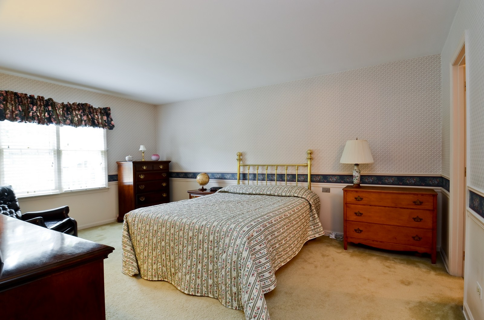 Real Estate Photography - 1101 35th St, Downers Grove, IL, 60515 - Master Bedroom