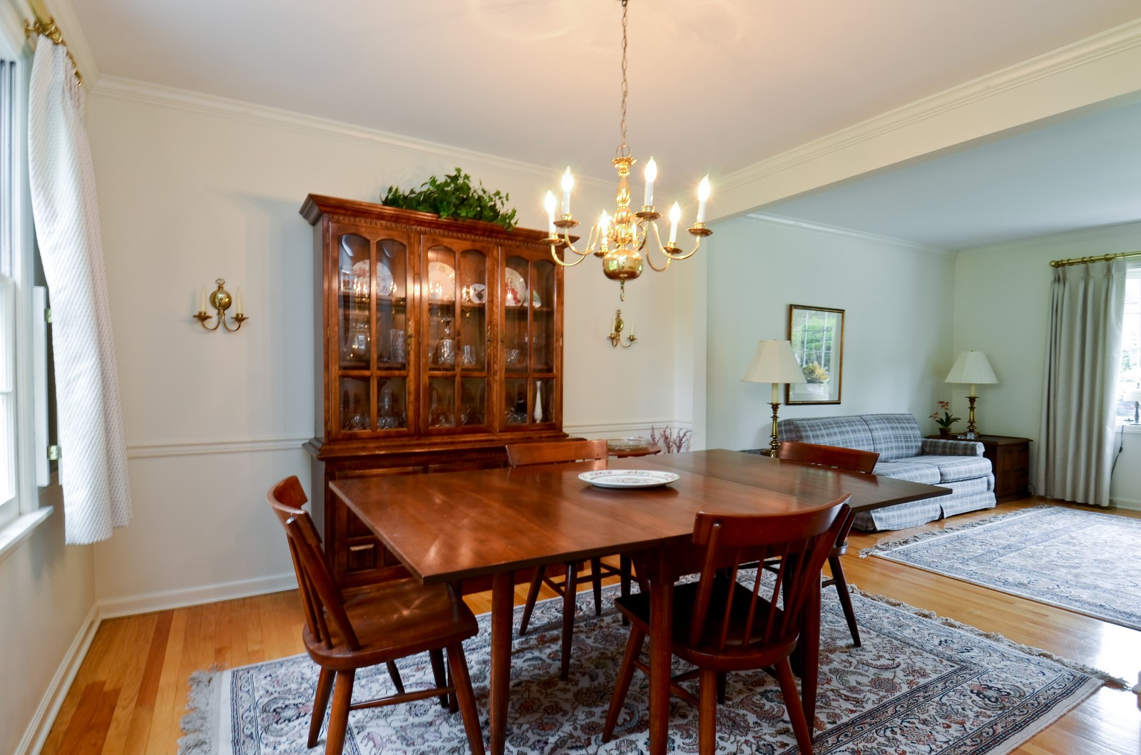 Real Estate Photography - 1101 35th St, Downers Grove, IL, 60515 - Dining Room