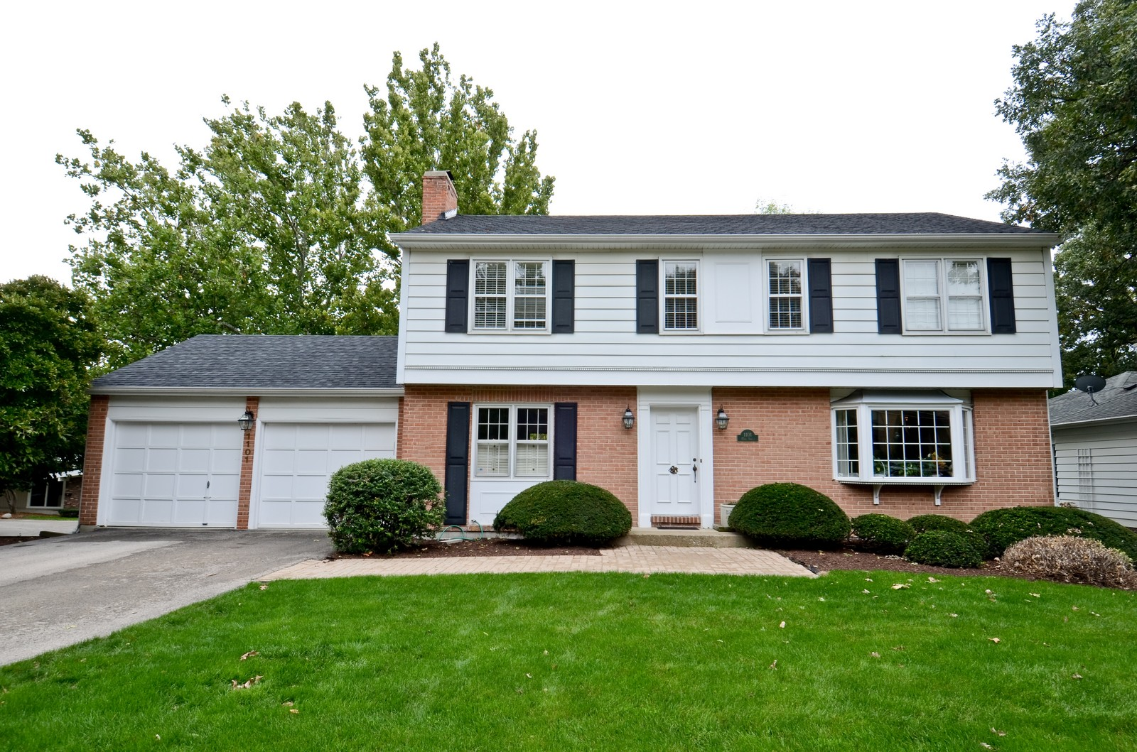 Real Estate Photography - 1101 35th St, Downers Grove, IL, 60515 - Front View