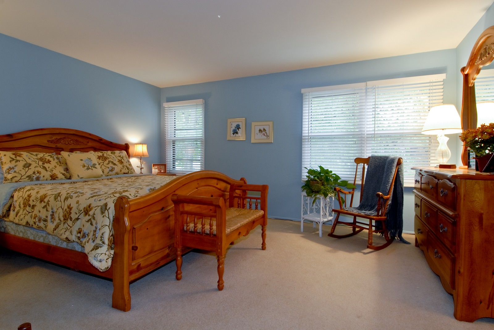 Real Estate Photography - 55 White Oak Cir, St Charles, IL, 60174 - Master Bedroom