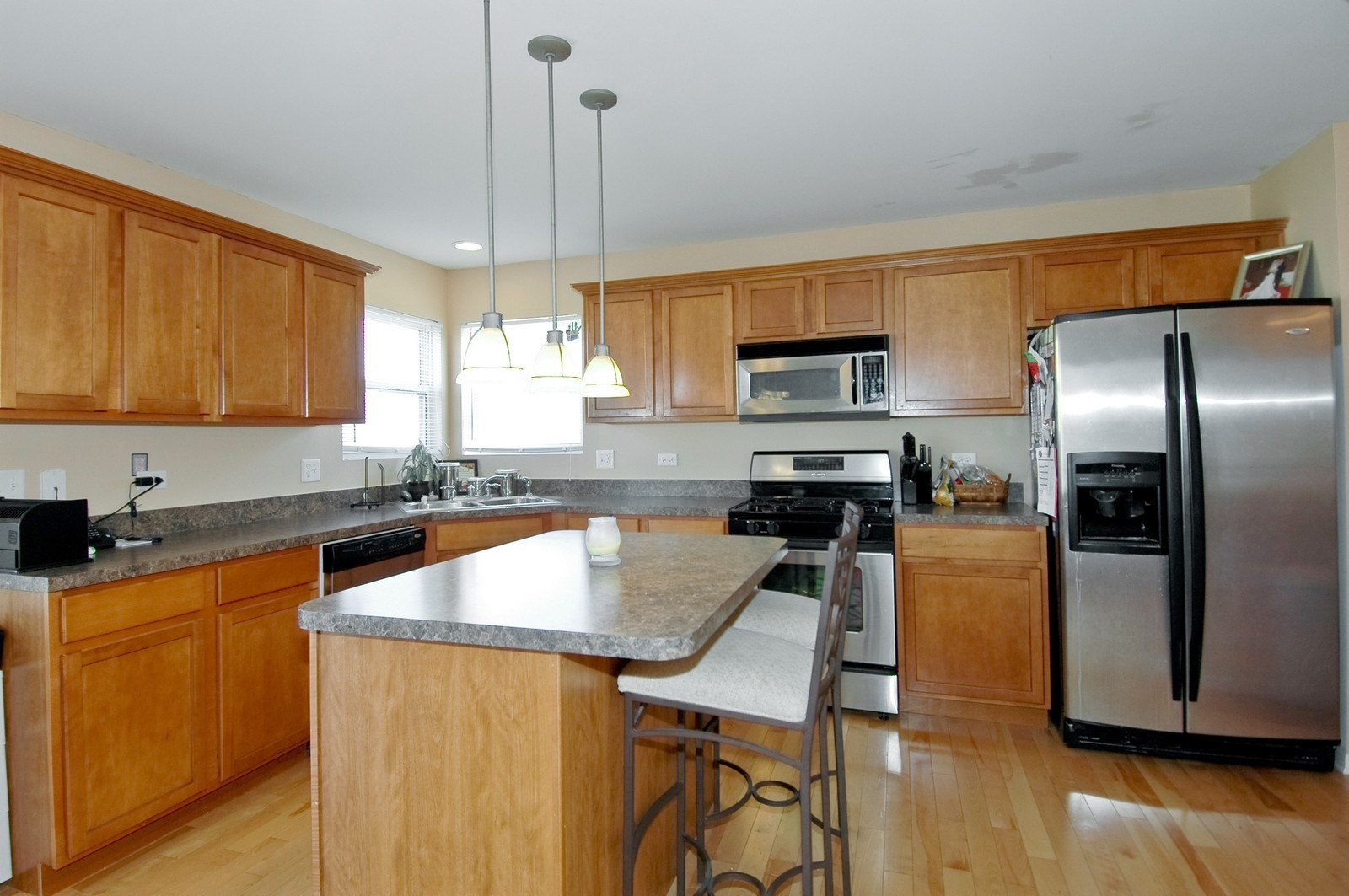 Real Estate Photography - 1872 Yasgur Dr, Woodstock, IL, 60098 - Kitchen