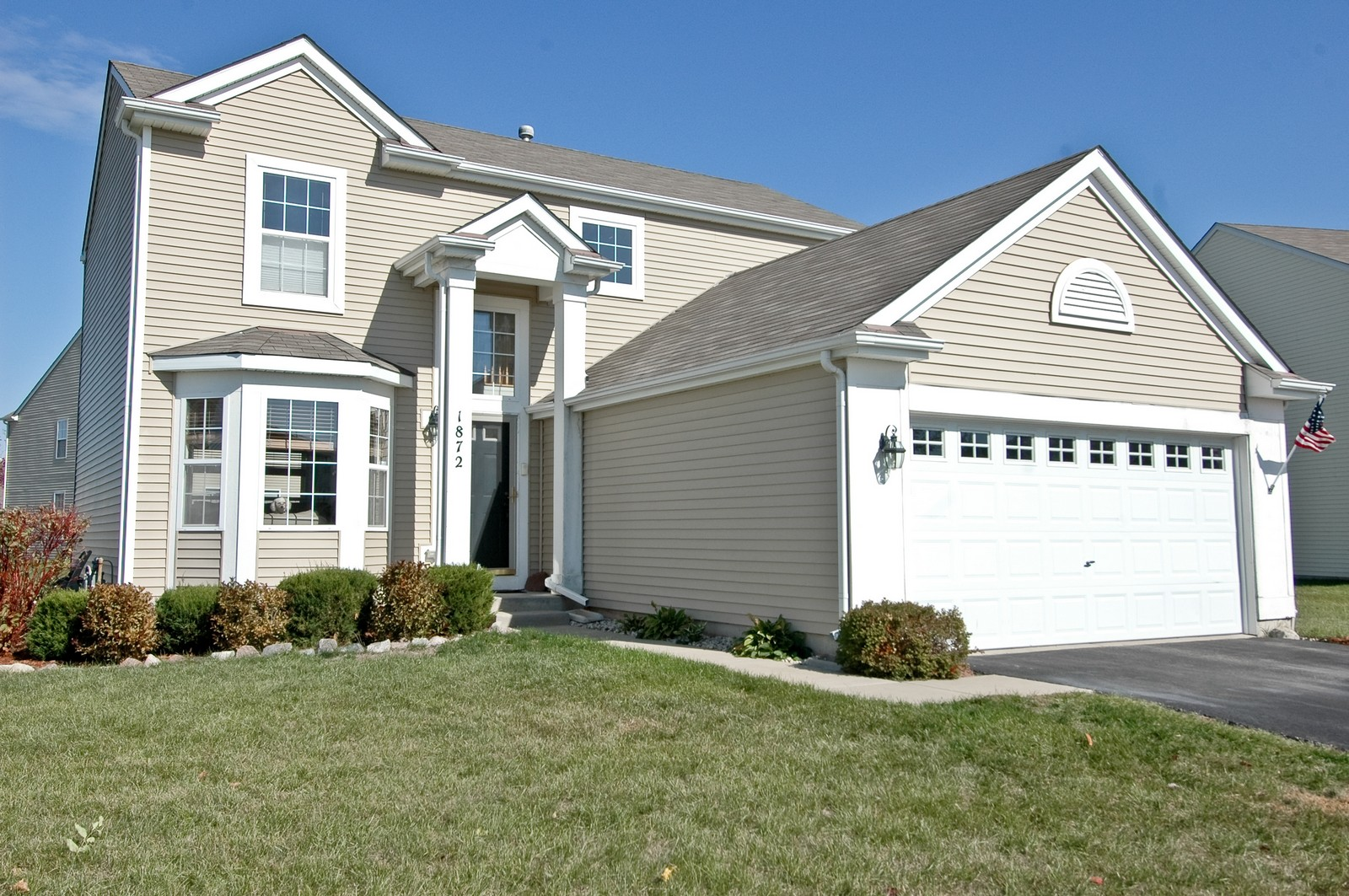 Real Estate Photography - 1872 Yasgur Dr, Woodstock, IL, 60098 - Front View