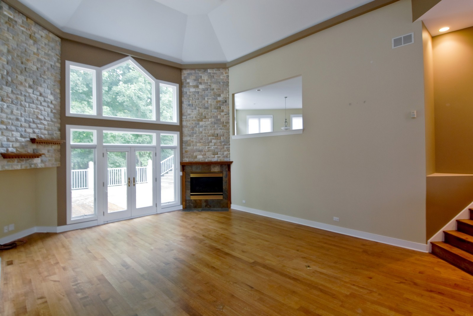 Real Estate Photography - 36W705 Stoneleat Rd, St Charles, IL, 60175 - Family Room