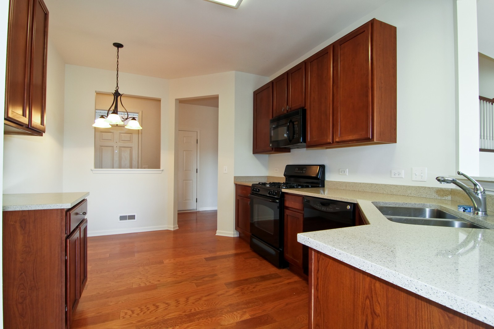 Real Estate Photography - 34W573 W Roosevelt Ave, Unit C, Saint Charles, IL, 60174 - Kitchen / Breakfast Room