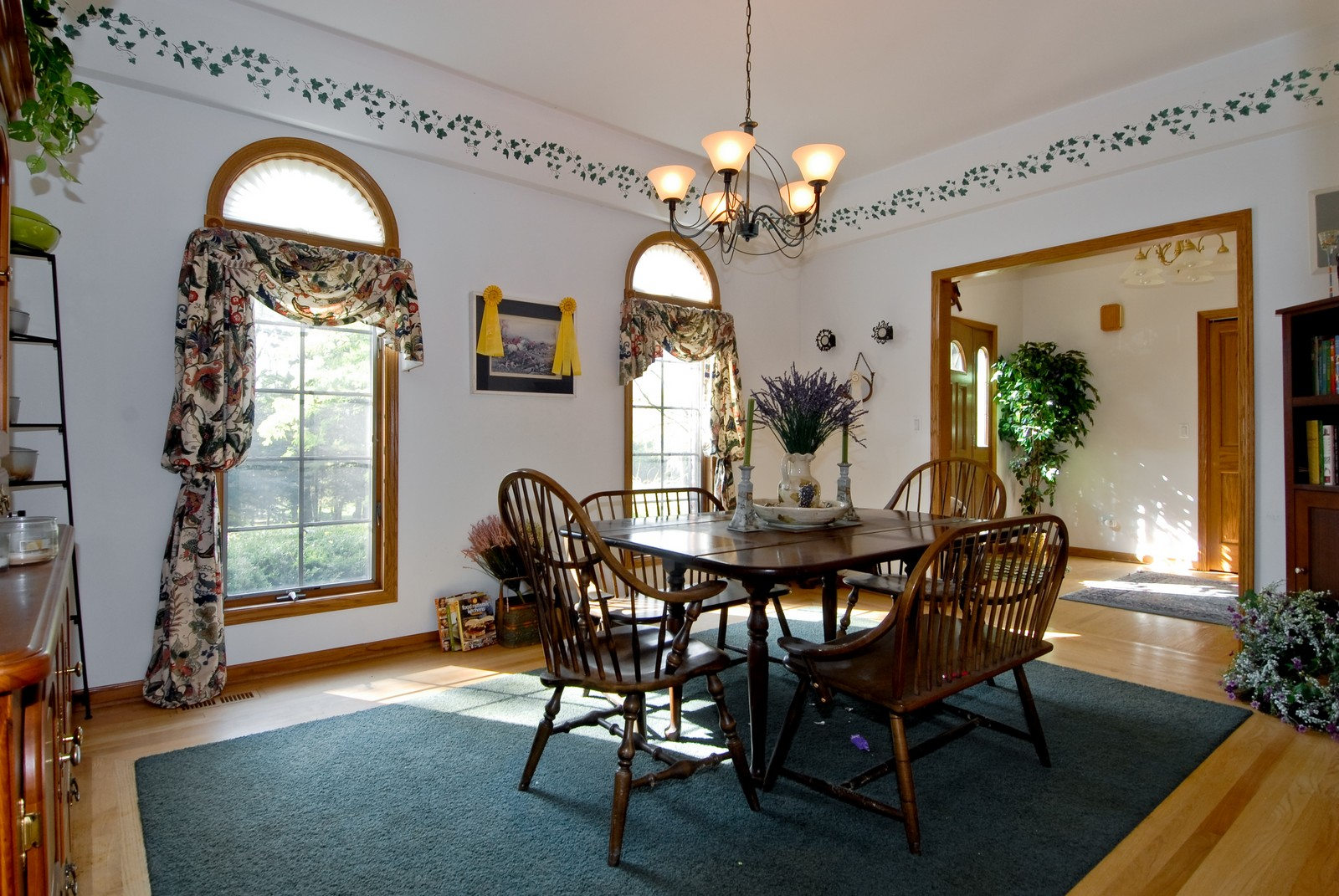 Real Estate Photography - 38W660 Mallard Lake Rd, St Charles, IL, 60175 - Dining Room