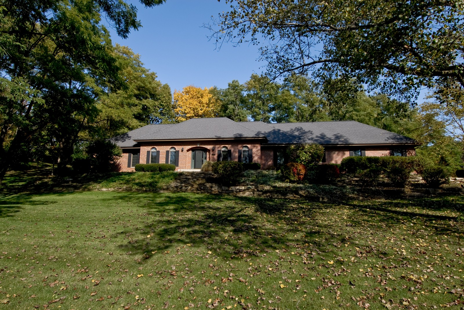 Real Estate Photography - 38W660 Mallard Lake Rd, St Charles, IL, 60175 - Front View