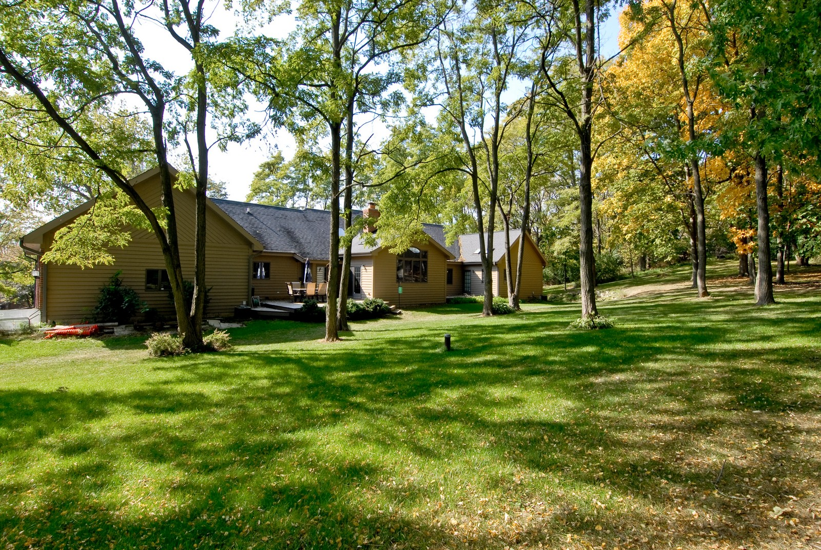Real Estate Photography - 38W660 Mallard Lake Rd, St Charles, IL, 60175 - Rear View