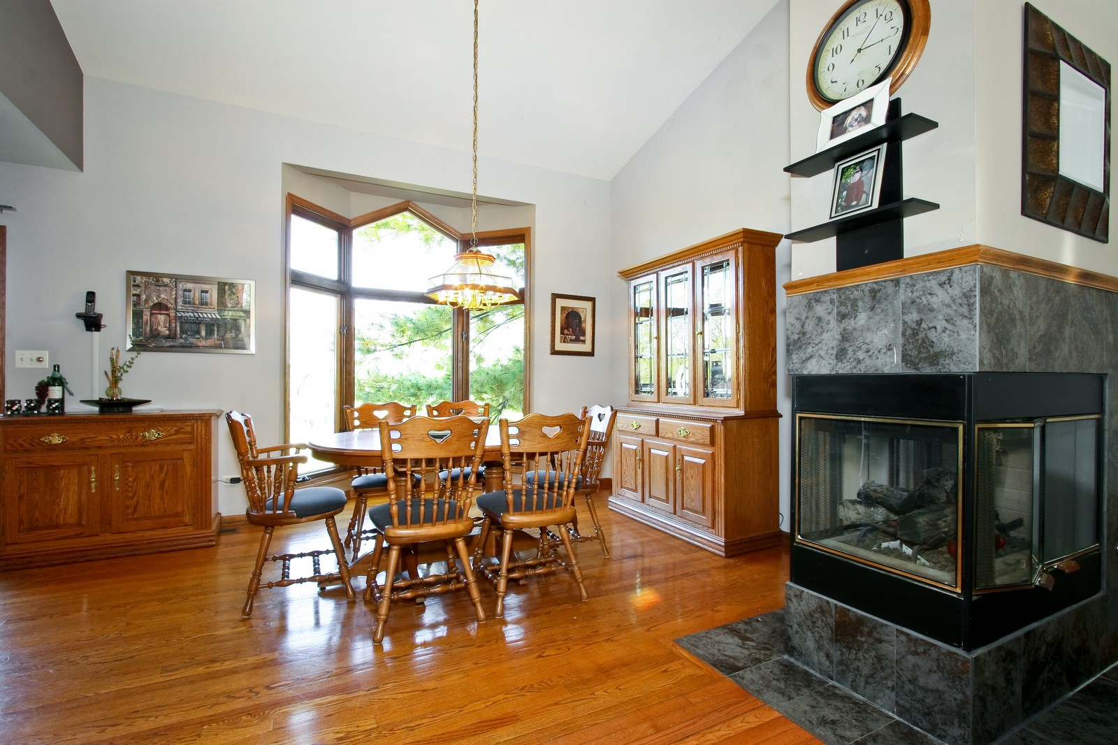 Real Estate Photography - 7 N Bay Rd, Palos Heights, IL, 60463 - Dining Room