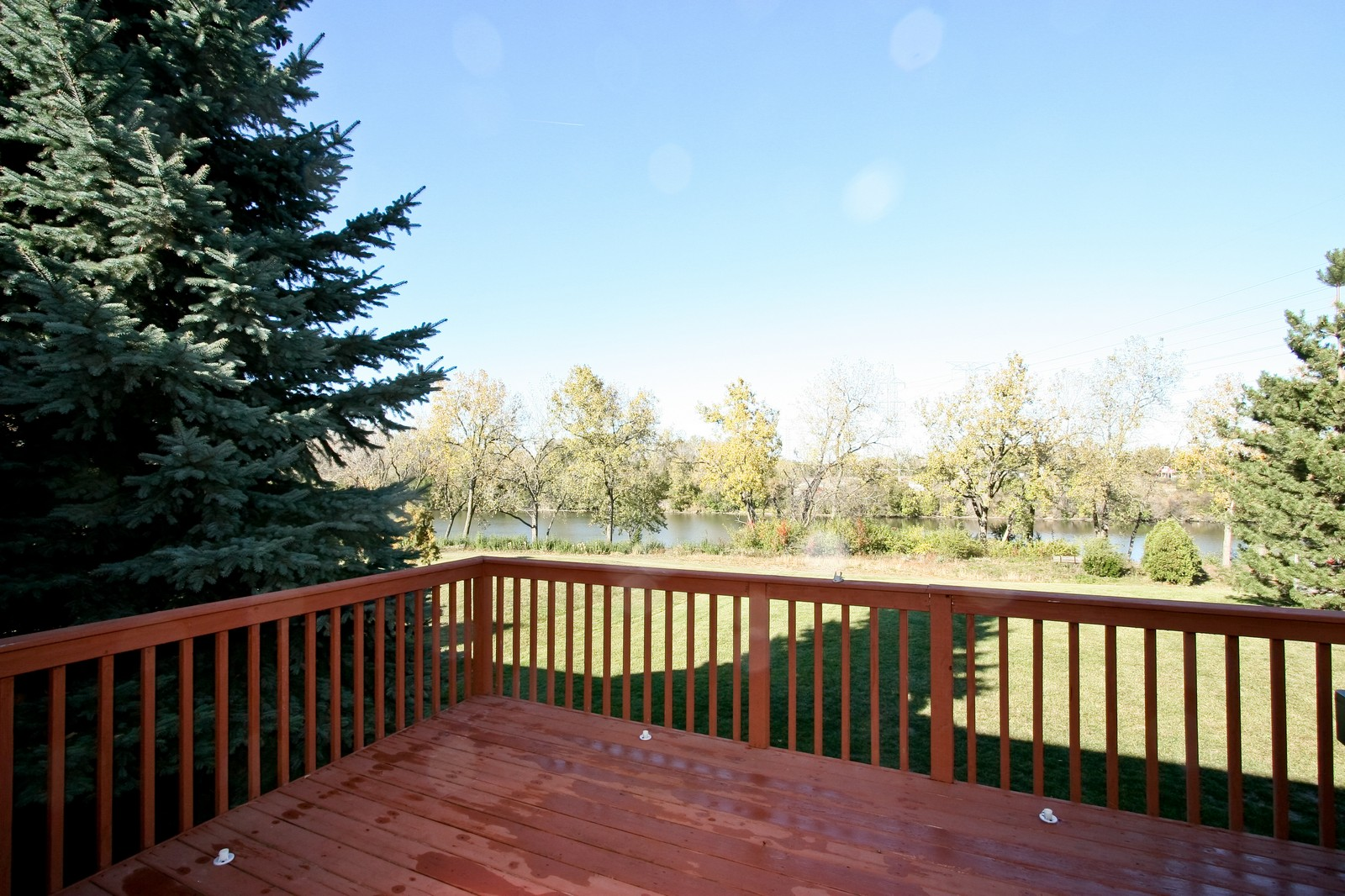 Real Estate Photography - 7 N Bay Rd, Palos Heights, IL, 60463 - Deck