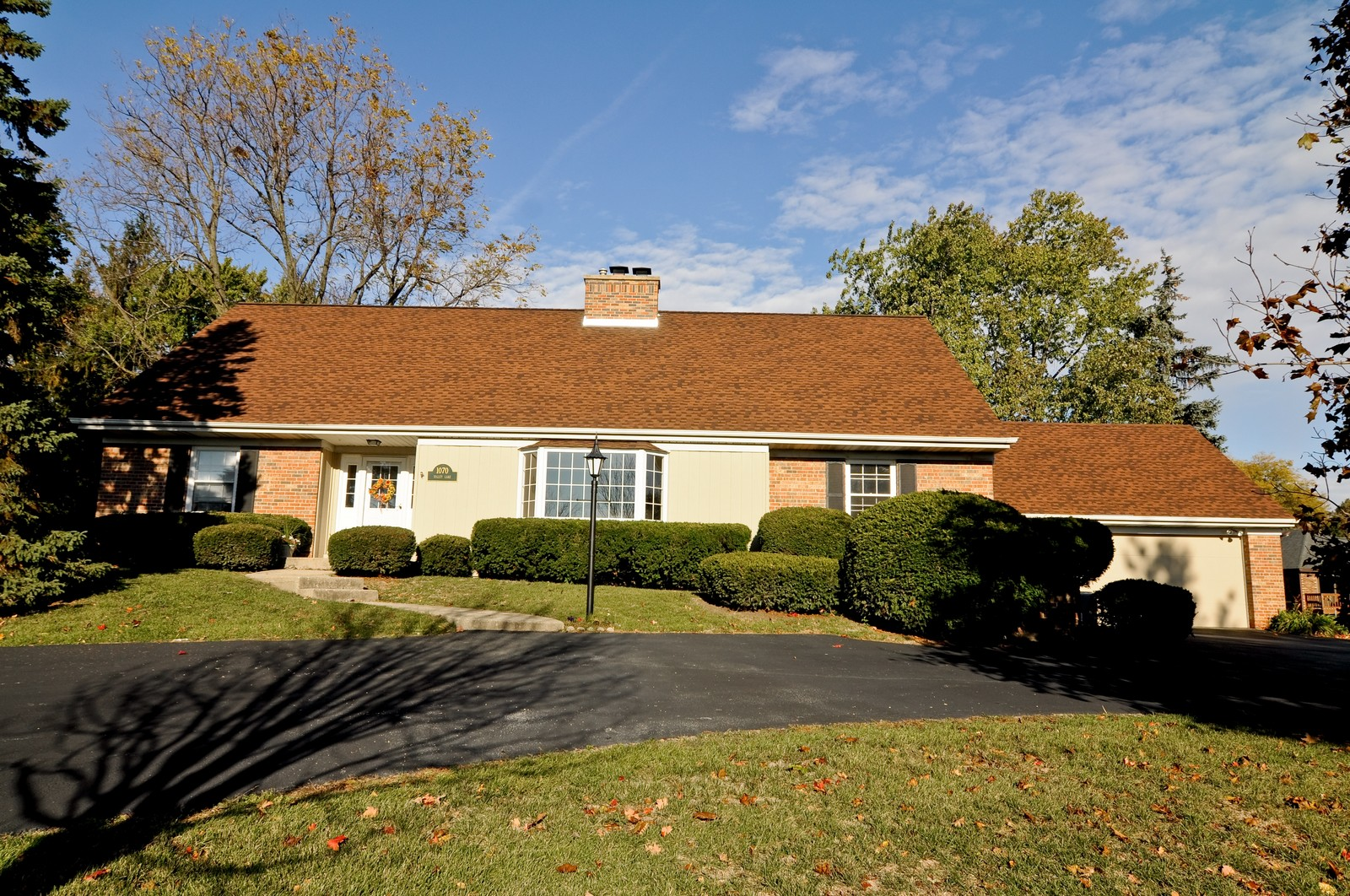 Real Estate Photography - 1070 Valley Lake Dr, Inverness, IL, 60067 - Front View