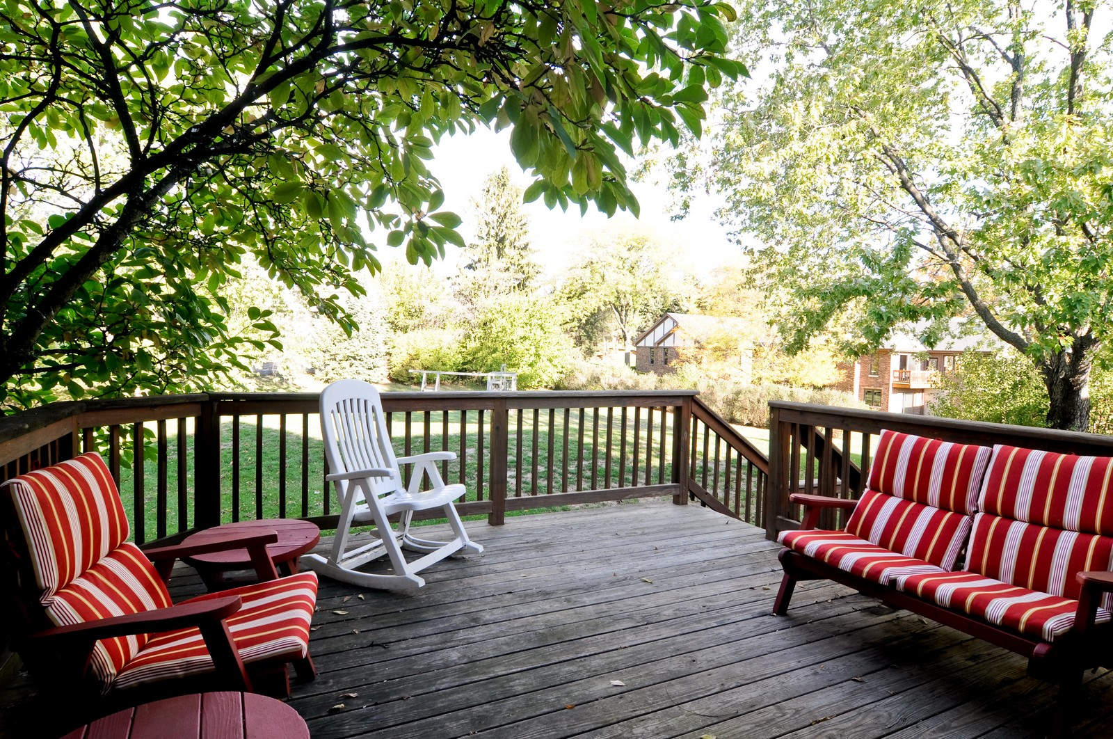 Real Estate Photography - 1070 Valley Lake Dr, Inverness, IL, 60067 - Deck