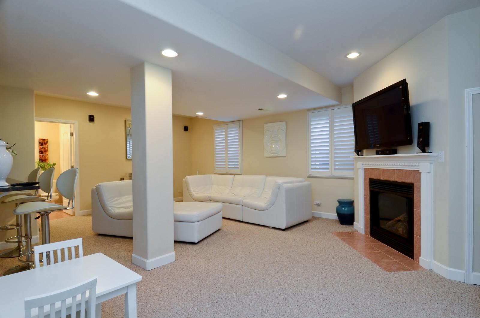 Real Estate Photography - 836 W Jameson Court, Carol Stream, IL, 60188 - Lower Level