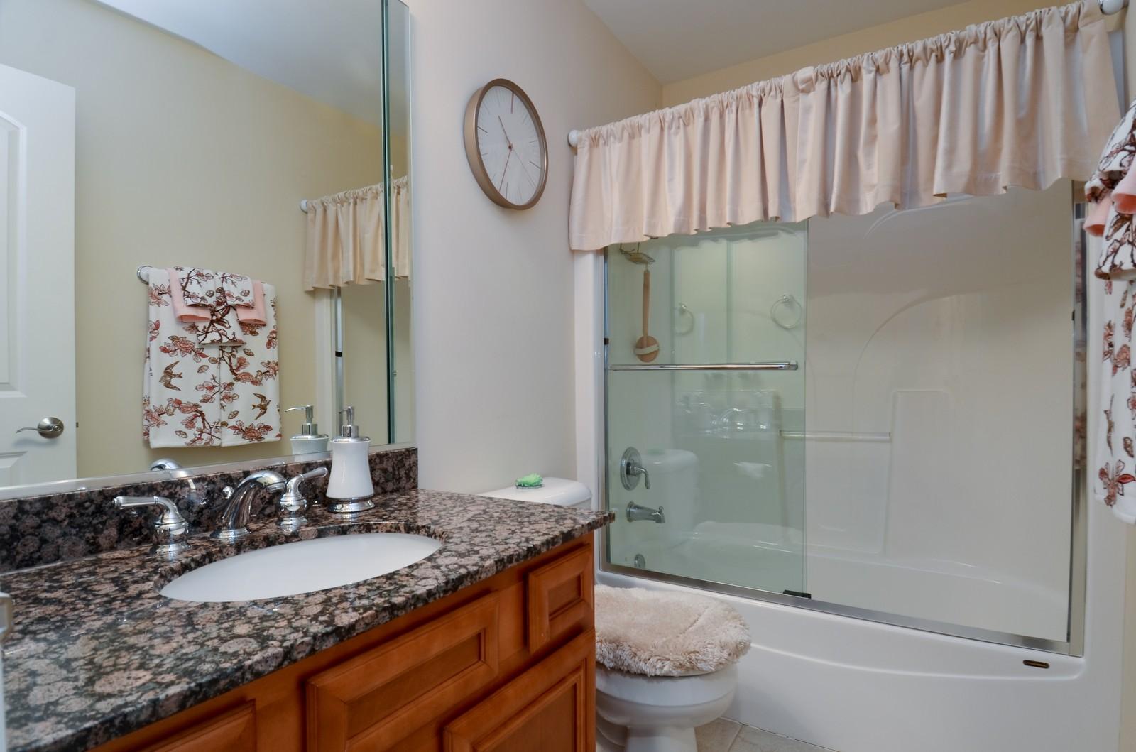 Real Estate Photography - 836 W Jameson Court, Carol Stream, IL, 60188 - Bathroom