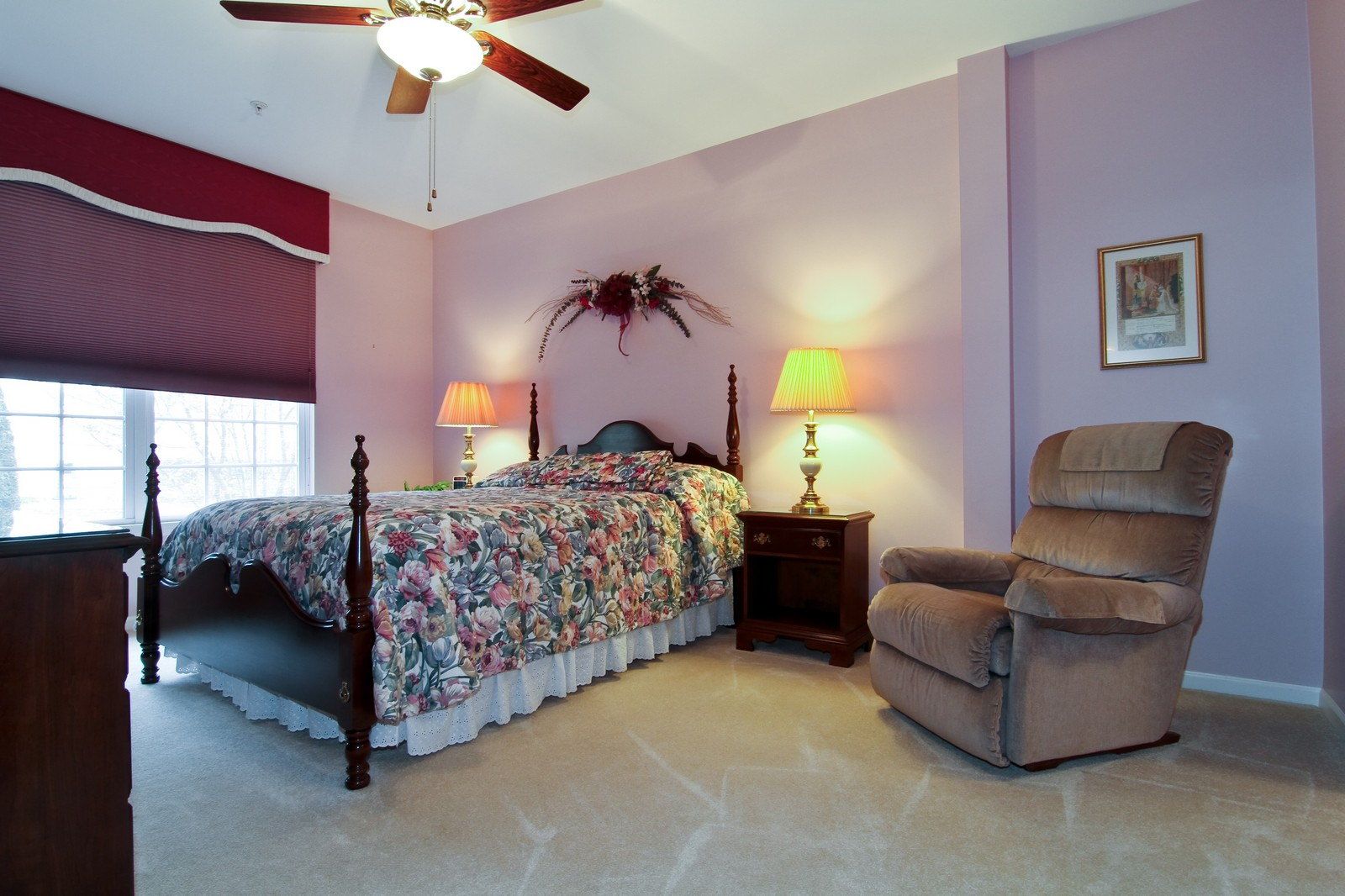 Real Estate Photography - 711 Crossing Way, Saint Charles, IL, 60174 - Master Bedroom