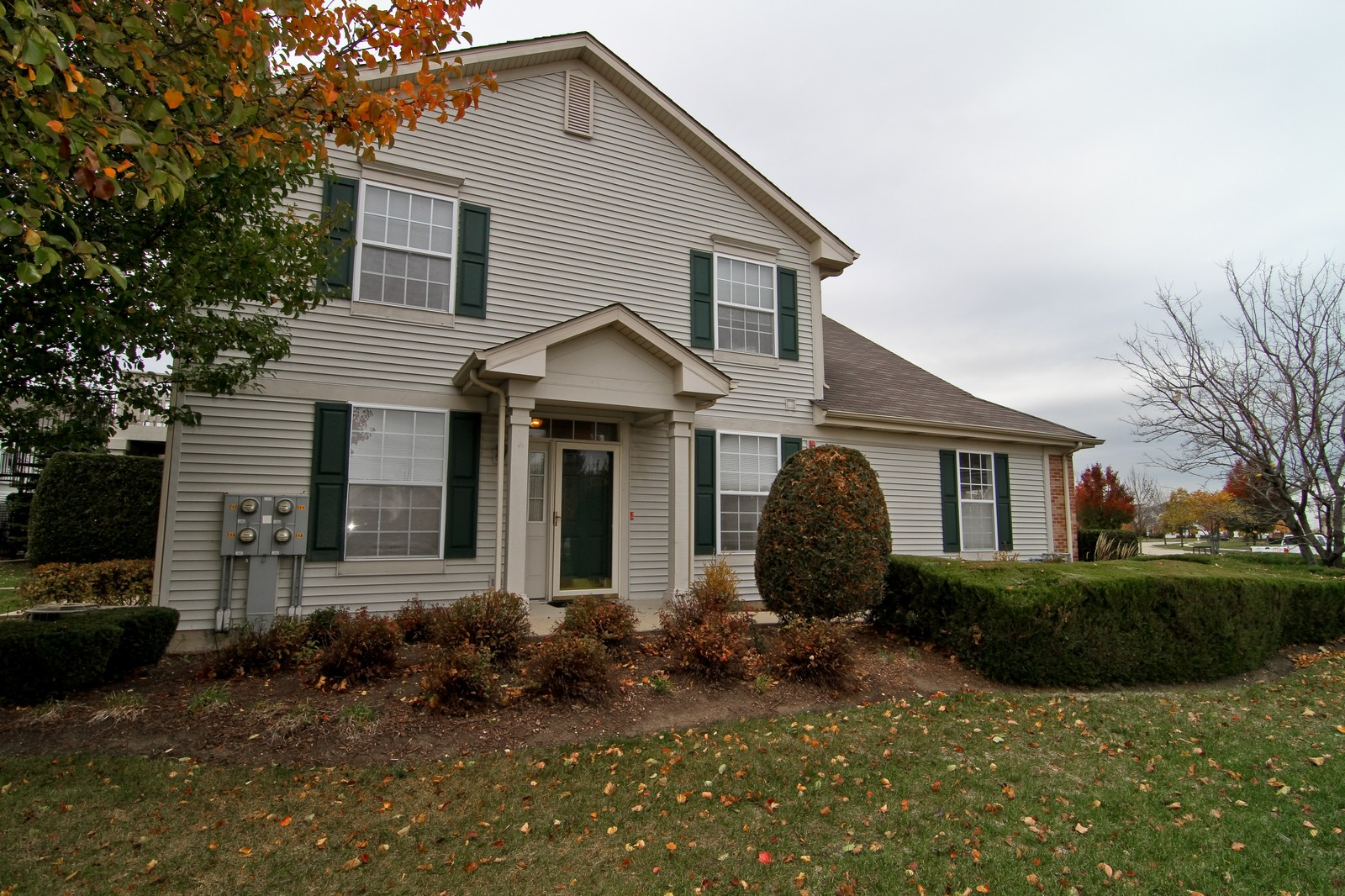 Real Estate Photography - 711 Crossing Way, Saint Charles, IL, 60174 - Front View