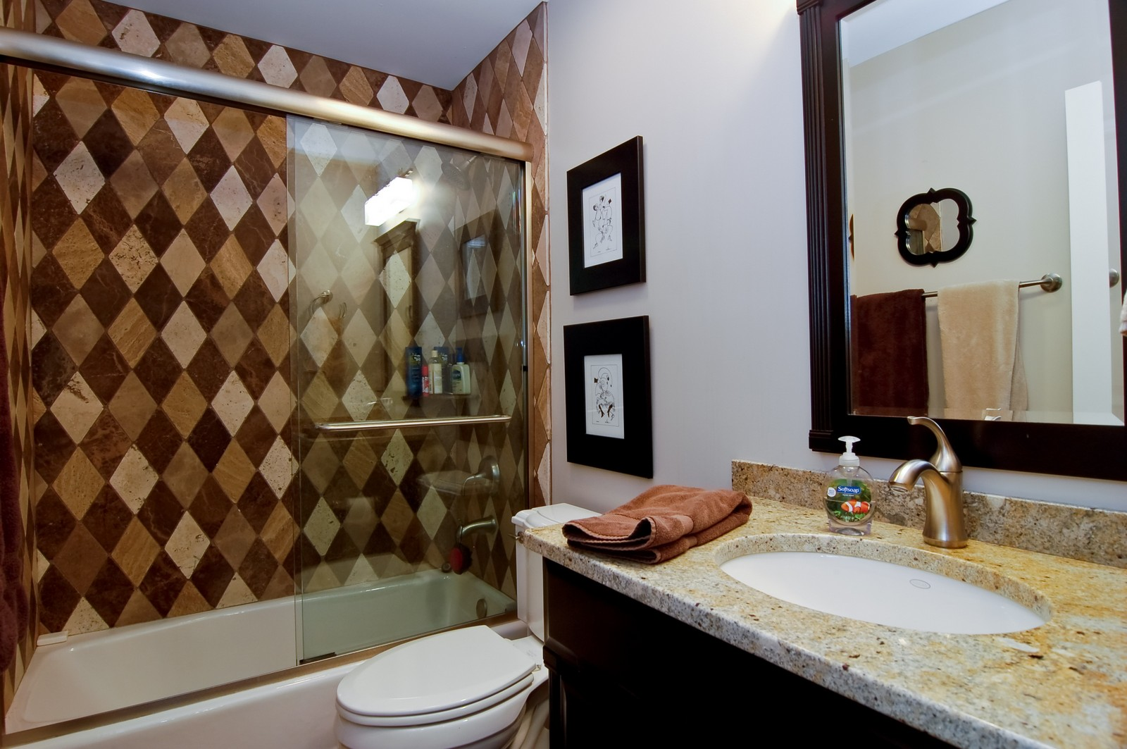Real Estate Photography - 255 Sandy Point Ln, Lake Zurich, IL, 60047 - 2nd Bathroom