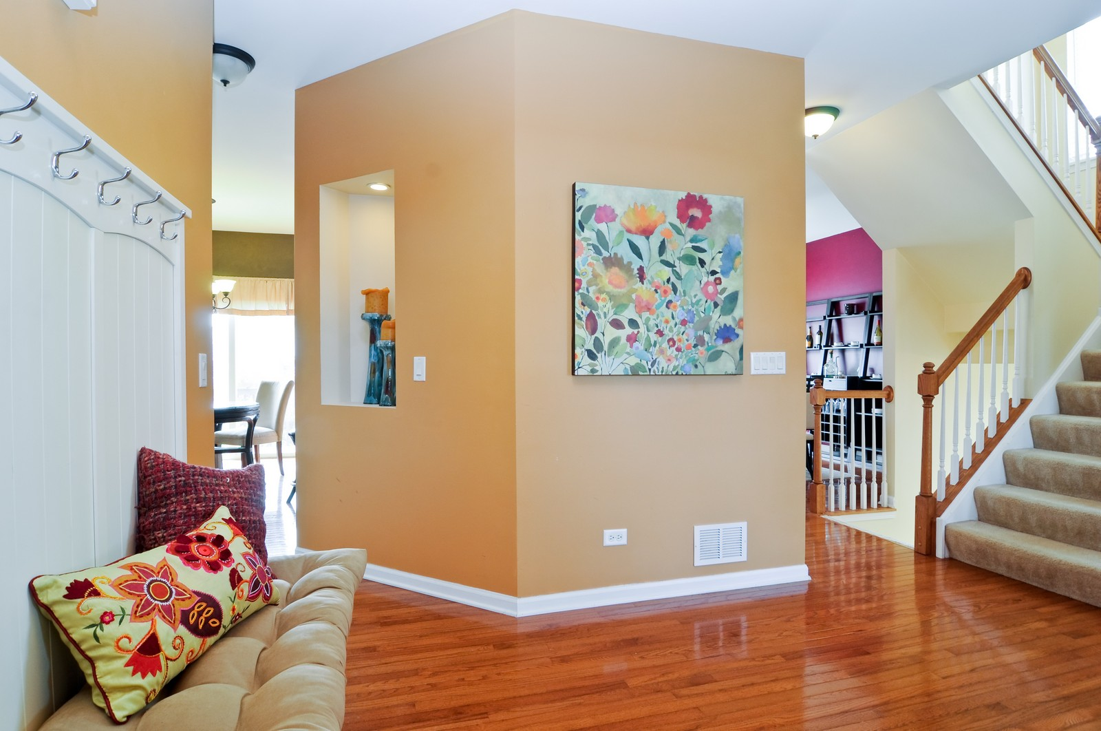 Real Estate Photography - 3461 Chadwick Lane, Lake in the Hills, IL, 60156 - Foyer