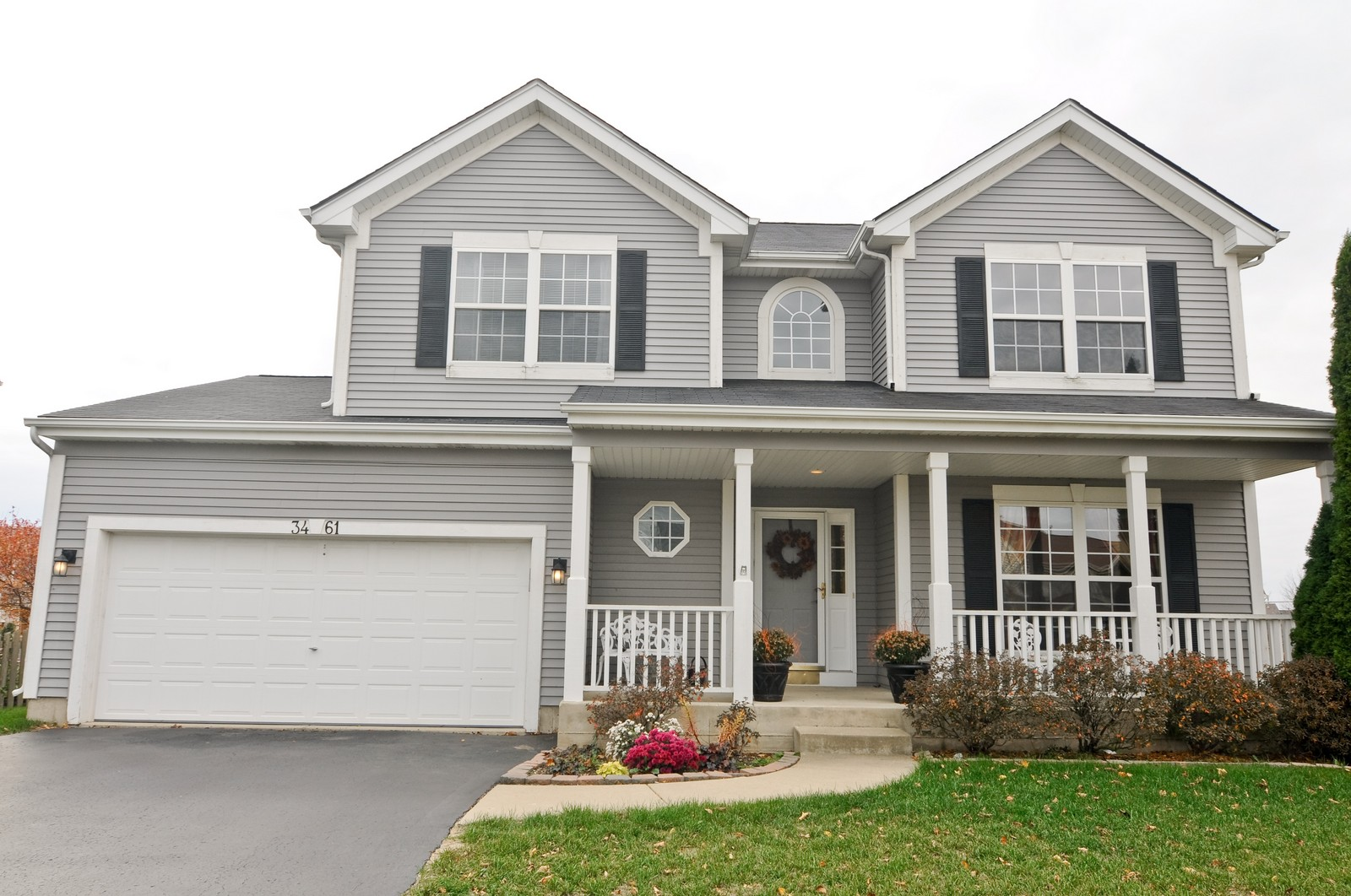 Real Estate Photography - 3461 Chadwick Lane, Lake in the Hills, IL, 60156 - Front View