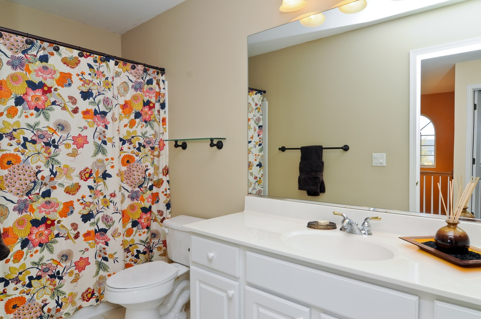 Real Estate Photography - 3461 Chadwick Lane, Lake in the Hills, IL, 60156 - 2nd Bathroom
