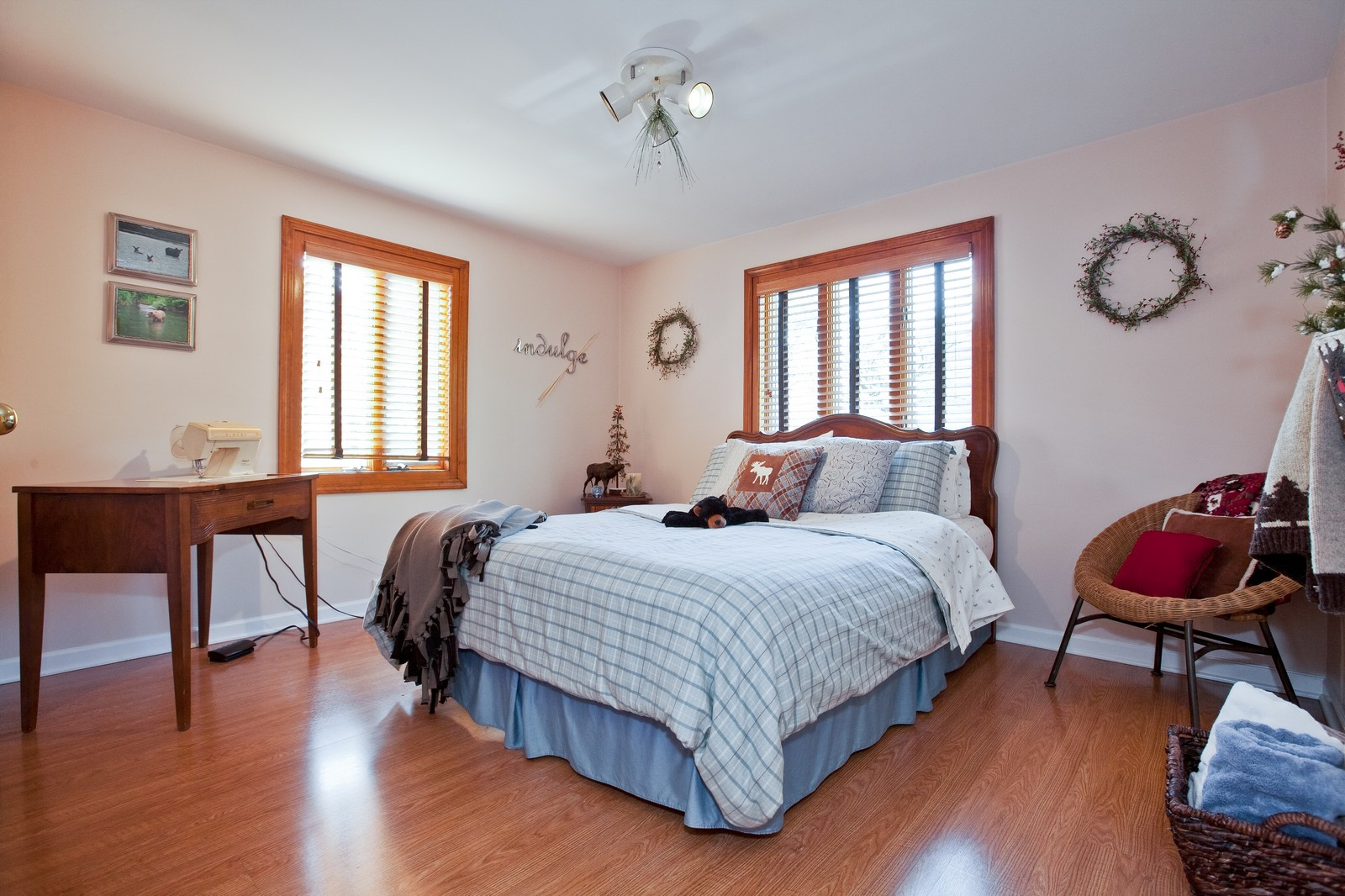 Real Estate Photography - 5743 Hillcrest Rd, Downers Grove, IL, 60516 - 2nd Bedroom