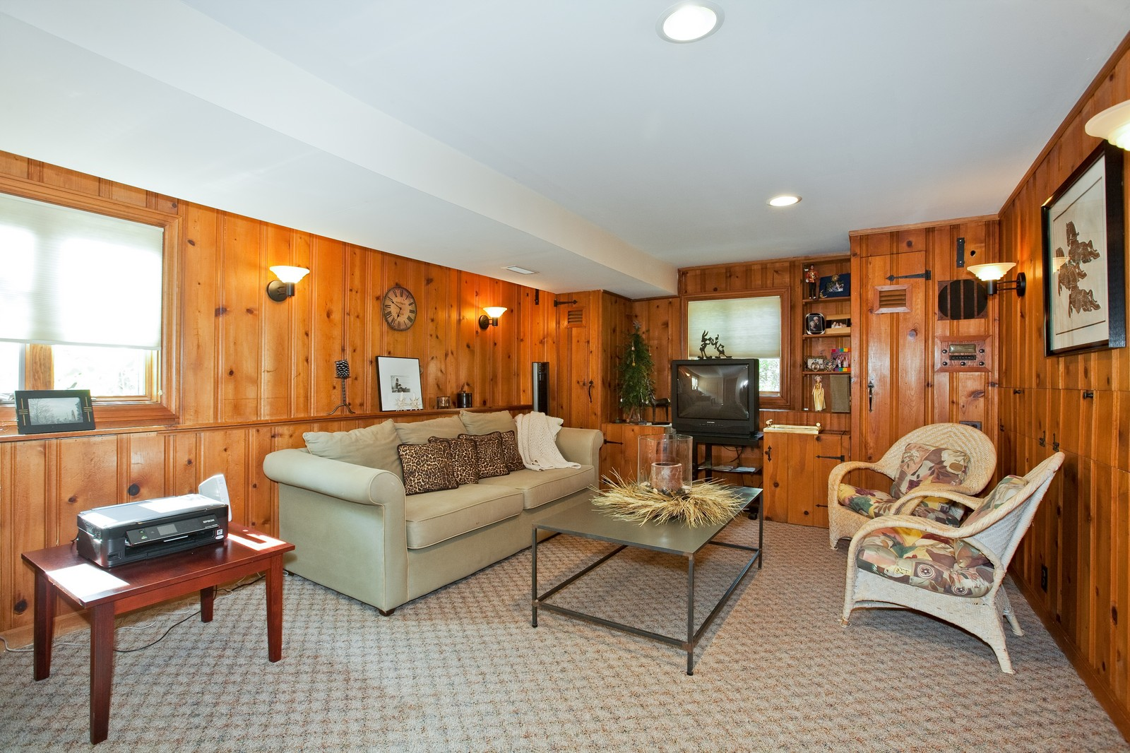 Real Estate Photography - 5743 Hillcrest Rd, Downers Grove, IL, 60516 - Den