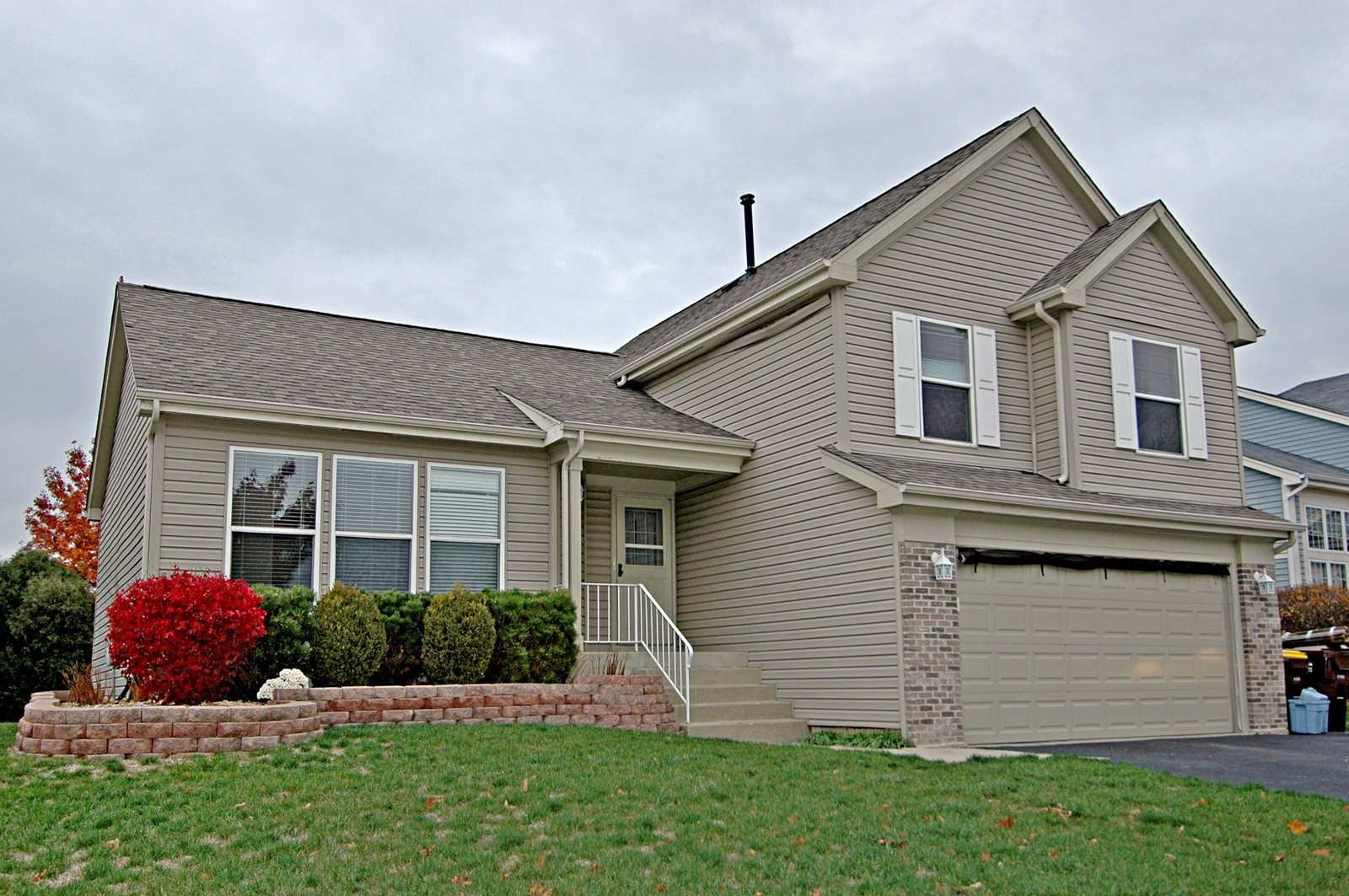 Real Estate Photography - 1764 Kennsington Ln, Crystal Lake, IL, 60014 - Front View