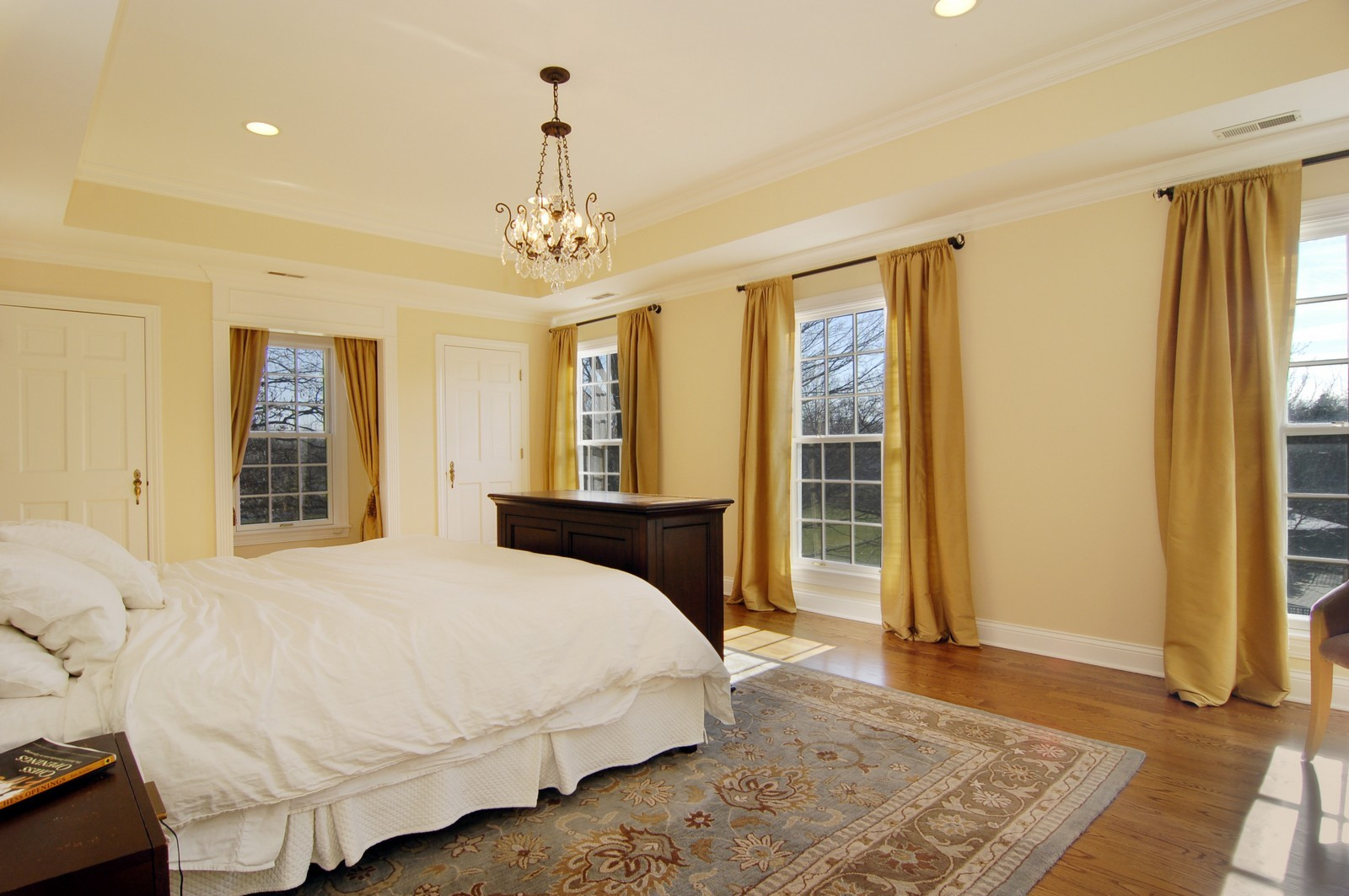 Real Estate Photography - 1655 Pheasant Trl, Inverness, IL, 60067 - Master Bedroom