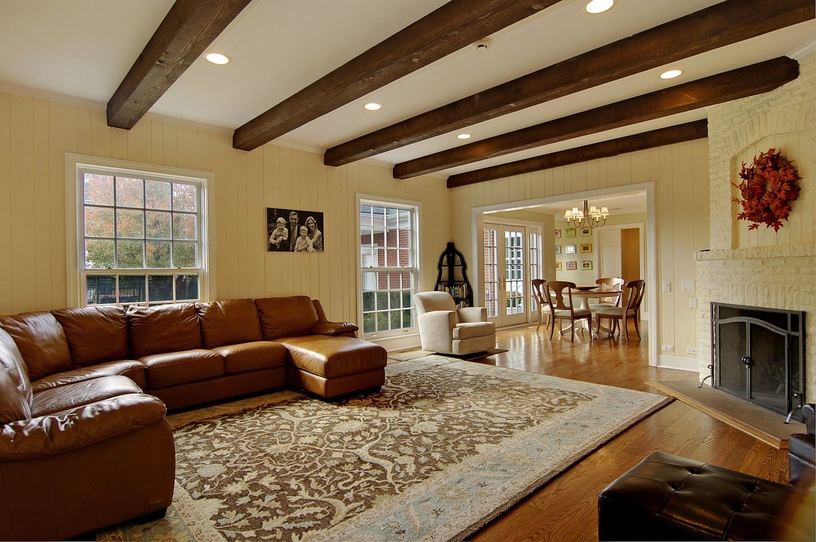 Real Estate Photography - 1655 Pheasant Trl, Inverness, IL, 60067 - Family Room